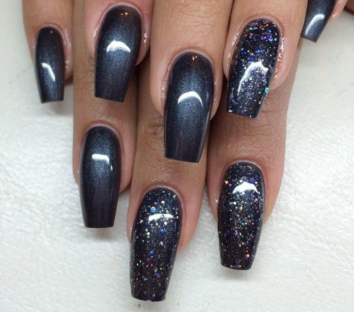 Pin By Jitka Rapantova On Nail Magic With A Little Swag Younique Independent Presenter Grey Nail Designs Gray Nails Dark Grey Nails