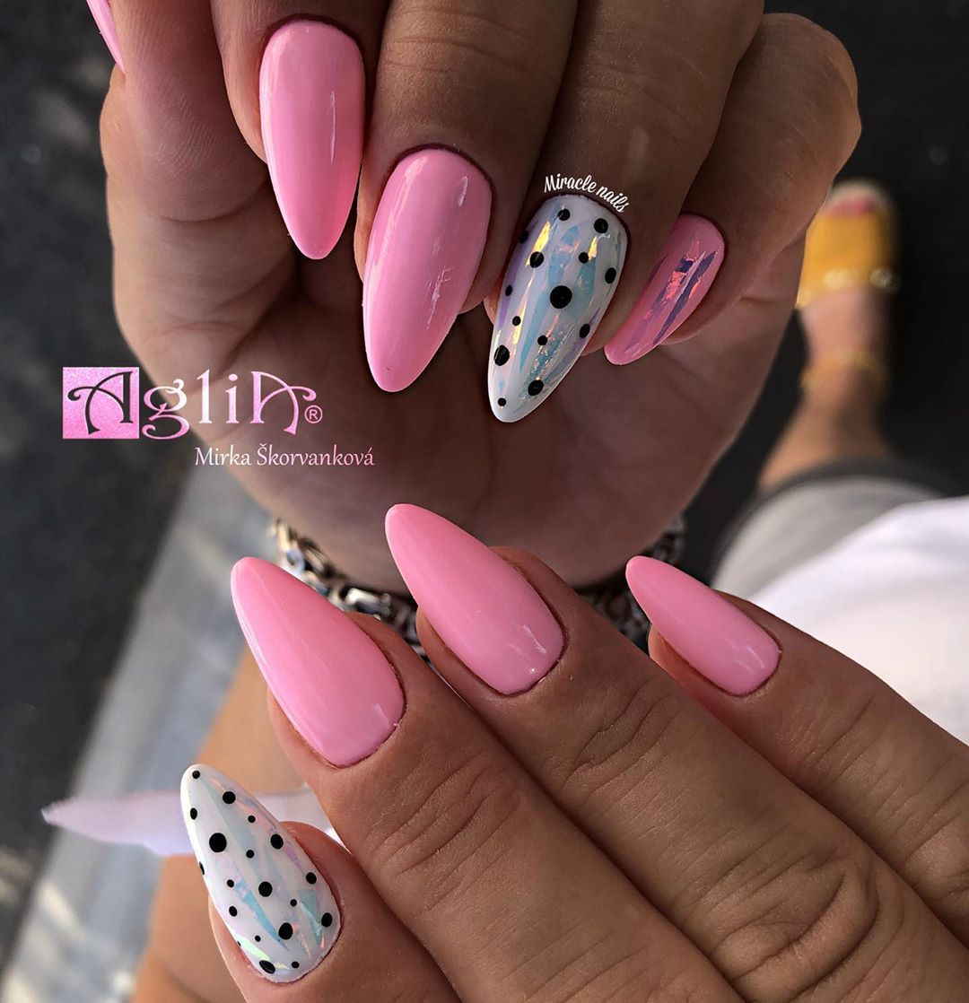 Miracle Nails Gelove Nechty On Instagram Taketo Cukrikove Krasky S Rozkosnymi Bodkami Su Pre Leto Ako Stvorene Build Up Nadherna Ruzov Nails Beauty