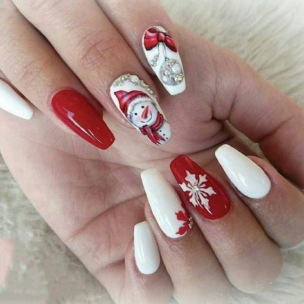 20 Unusual Christmas Nails Design Idea For Pretty Women Gelove Nehty Design Nehtu Nehty