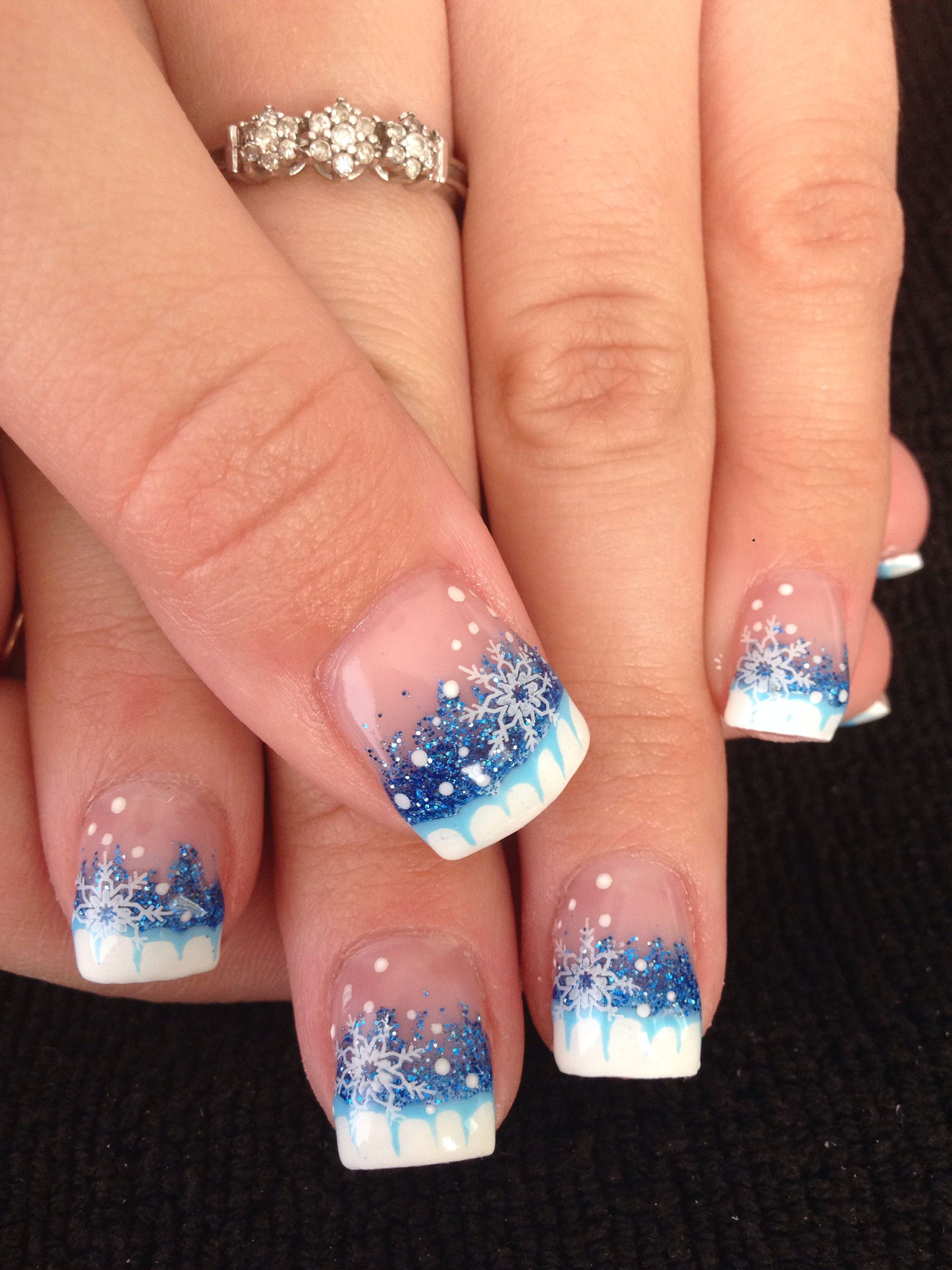 20 Awesome Holiday Nail Designs For Short Nails Design Nehtu Gelove Nehty A Vanocni Nehty
