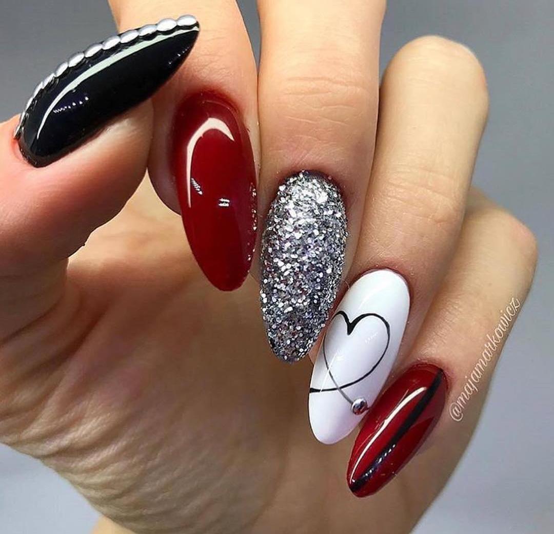Gelové Nehty červeno černé