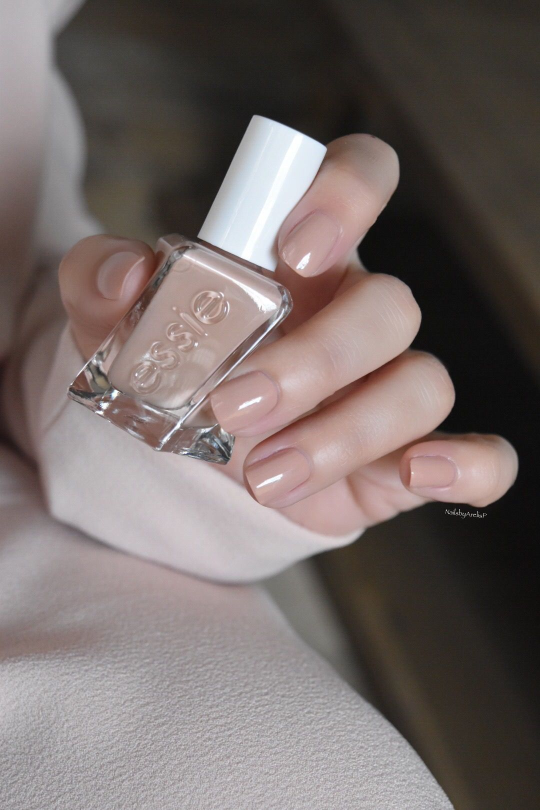At The Barre Neutral Nails Neutral Nail Color Essie Nail