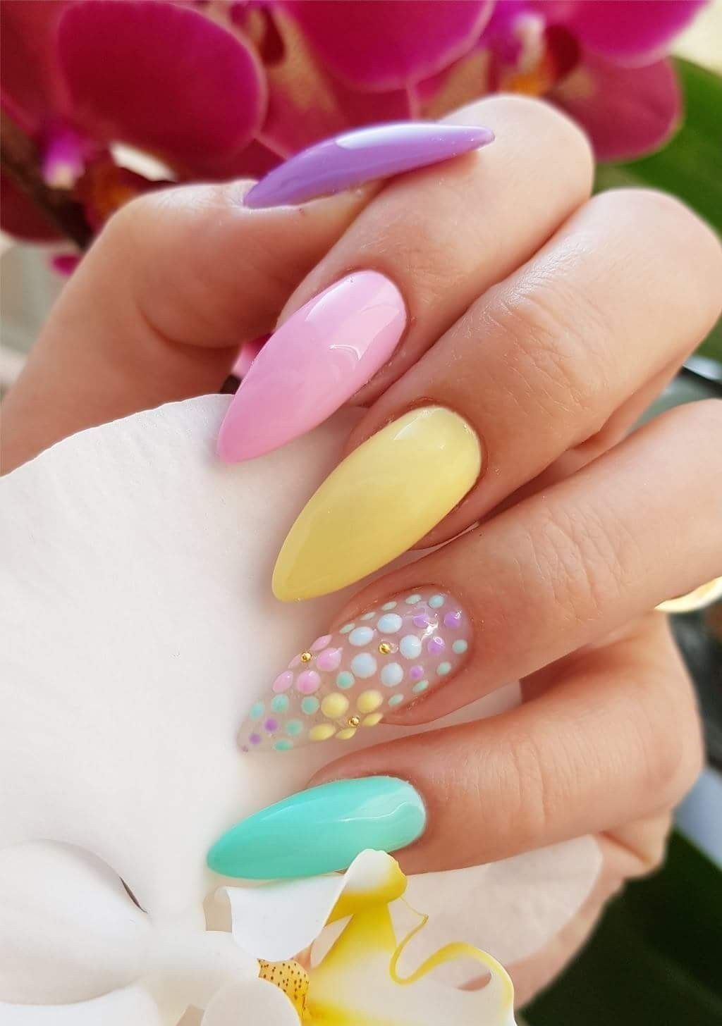 49 Beautiful Winter Nail Art Design For Every Woman Gelove Nehty Design Nehtu Kvetinove Nehty