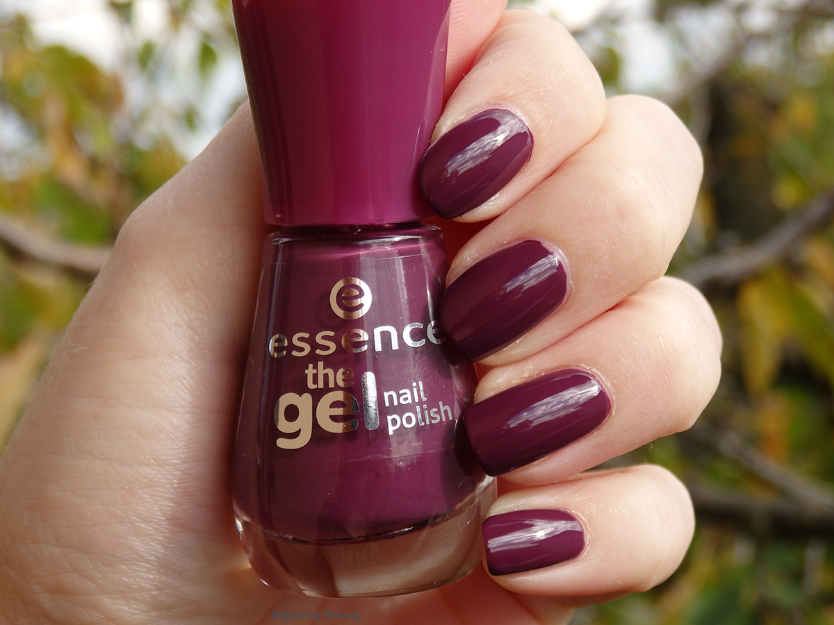 Review Essence The Gel Nail Polish 52 Amazed By You Adjusting Beauty