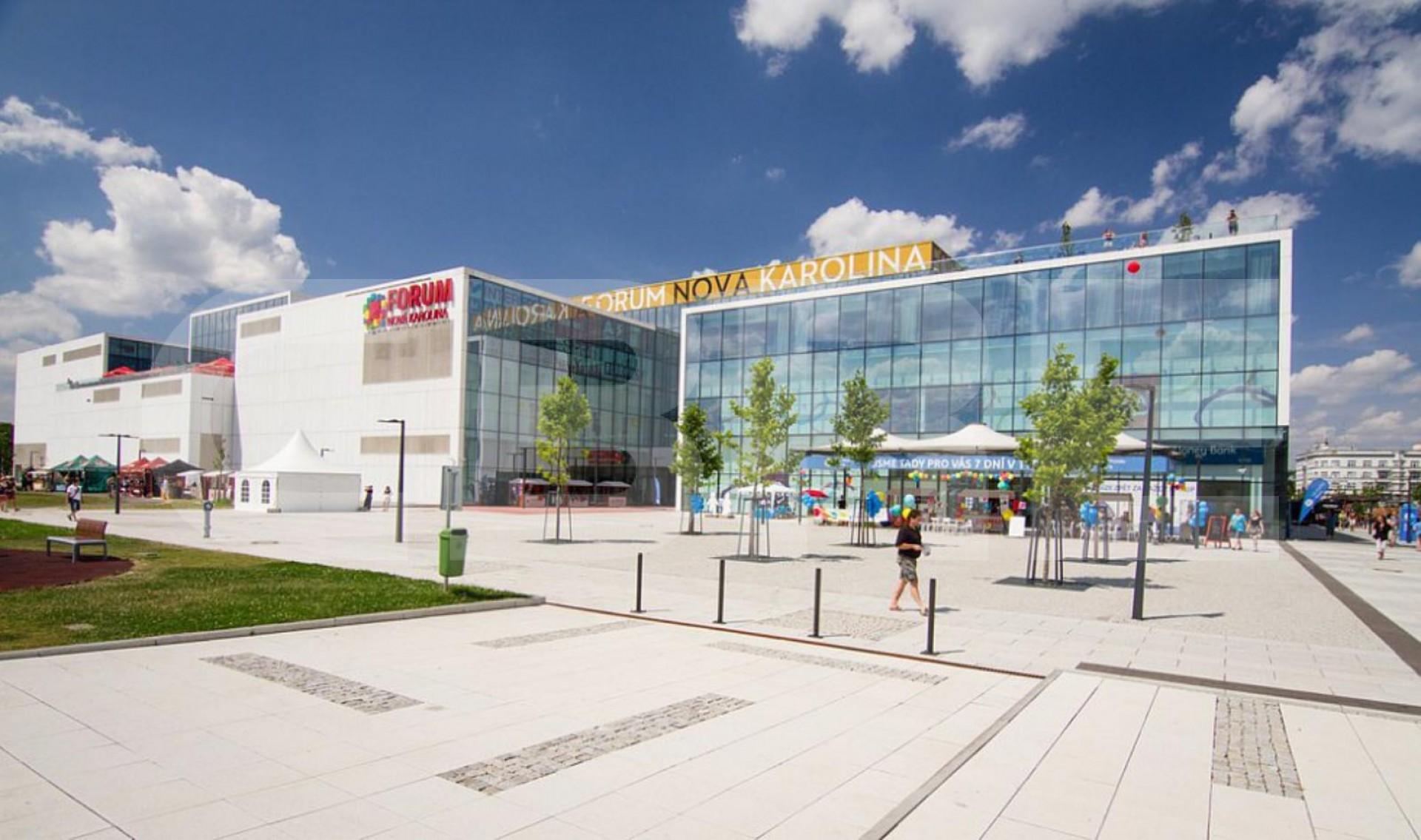 Leasing Of Retail Spaces In Forum Nova Karolina Ostrava Cbre Properties