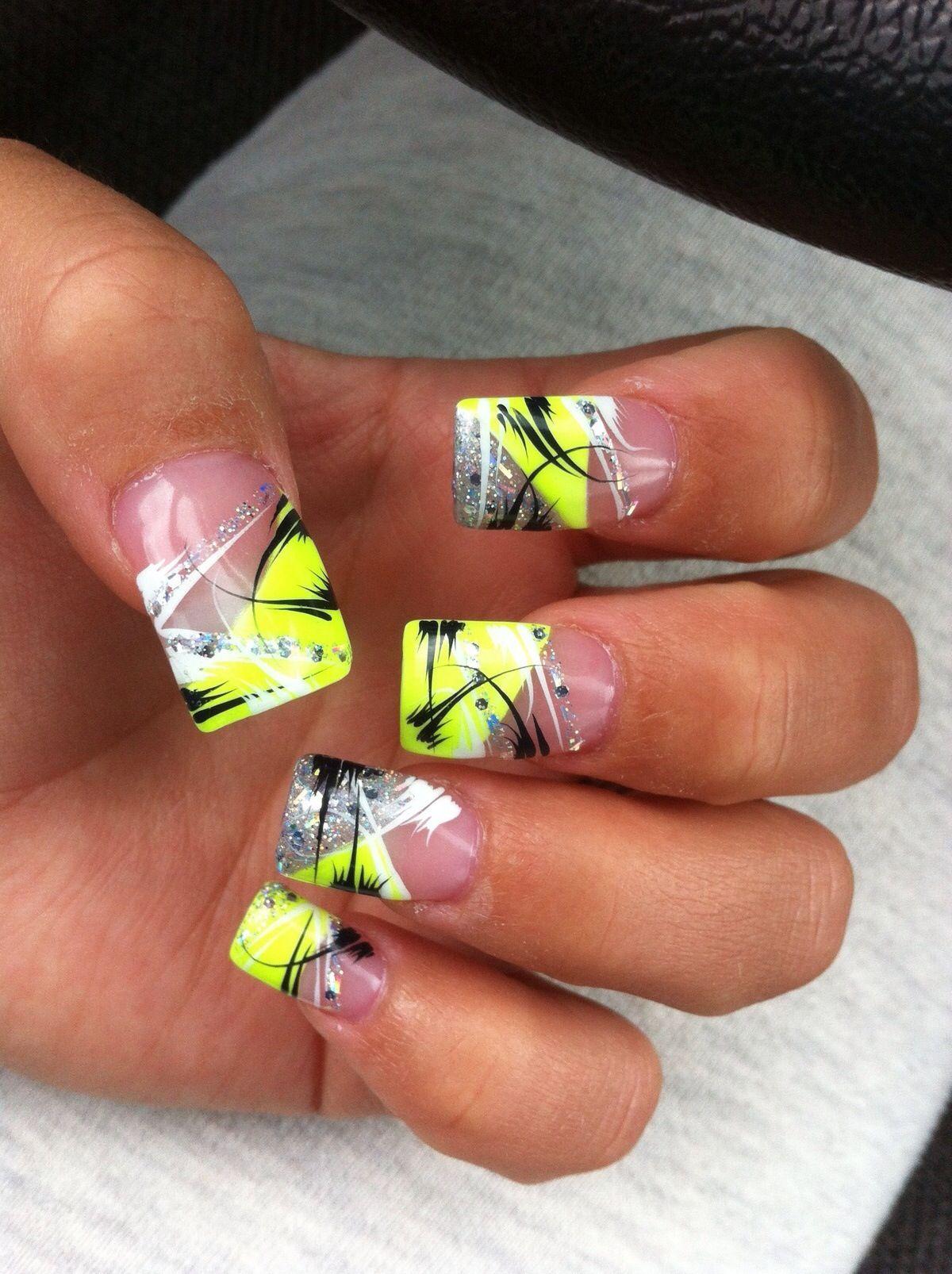 I Did This On My Nails And They Were Really Pretty Nehty Napady Na Nehty Pastelove Barvy