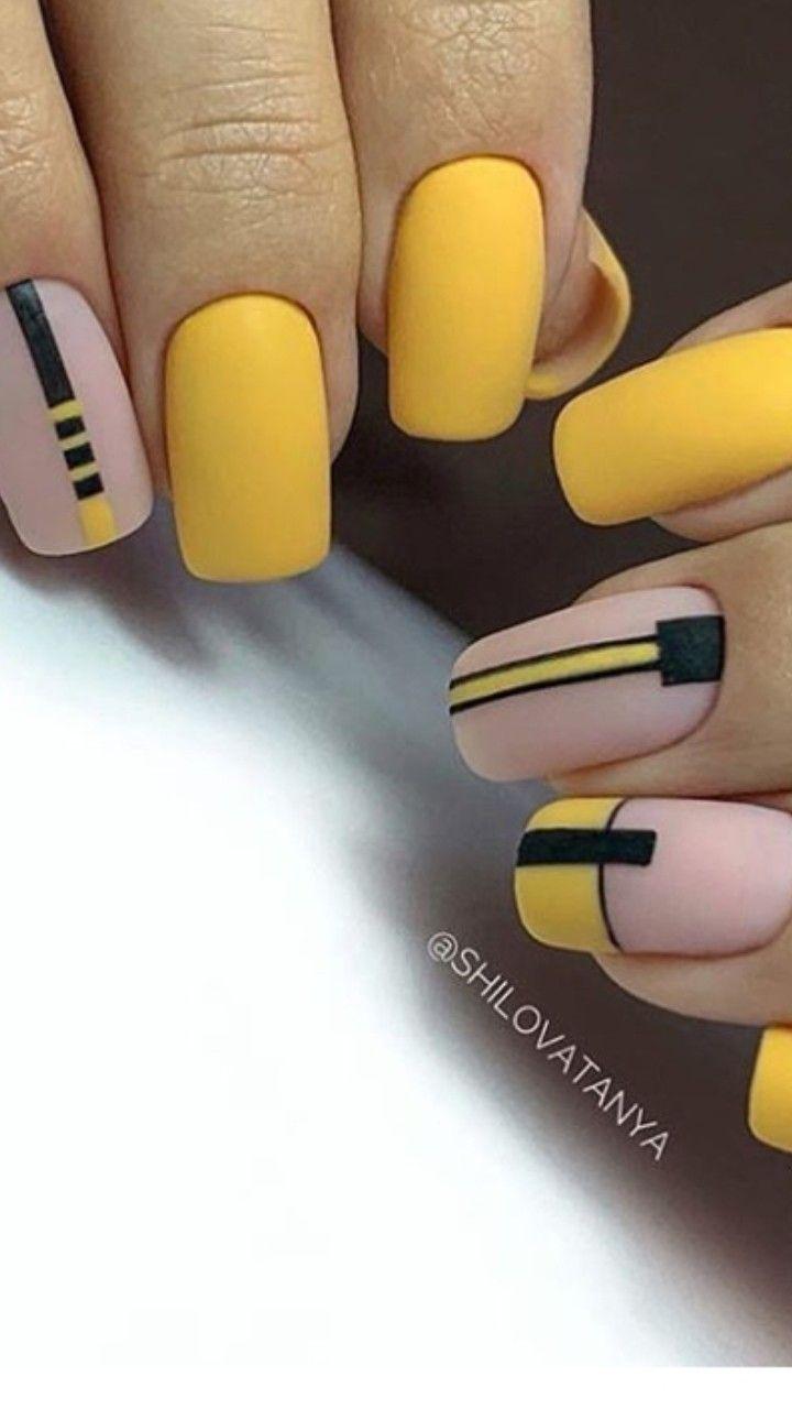 Pin By Eliska Malaskova On Napady Na Nehty Gelove Nehty Design Nehtu Nehty