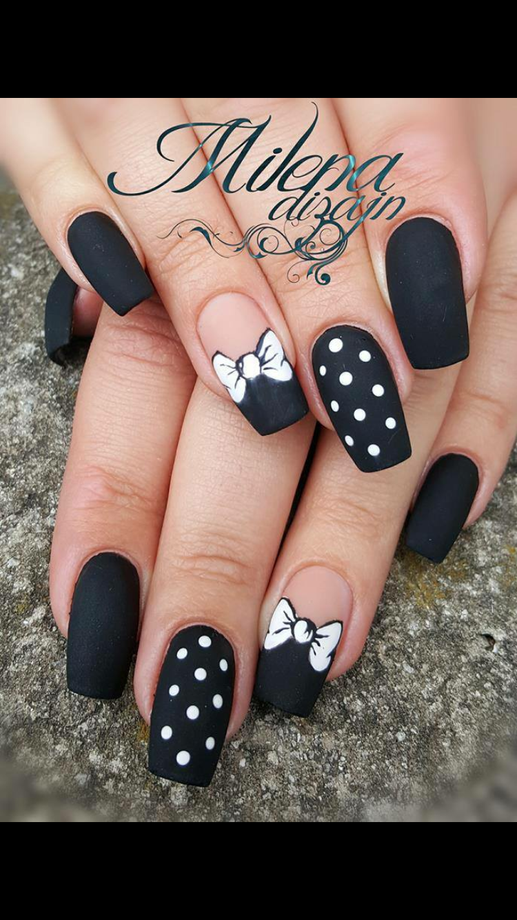Pin By Marketa Valterova On Gel Nails In 2020 Gelove Nehty Disney Nehty Nehet