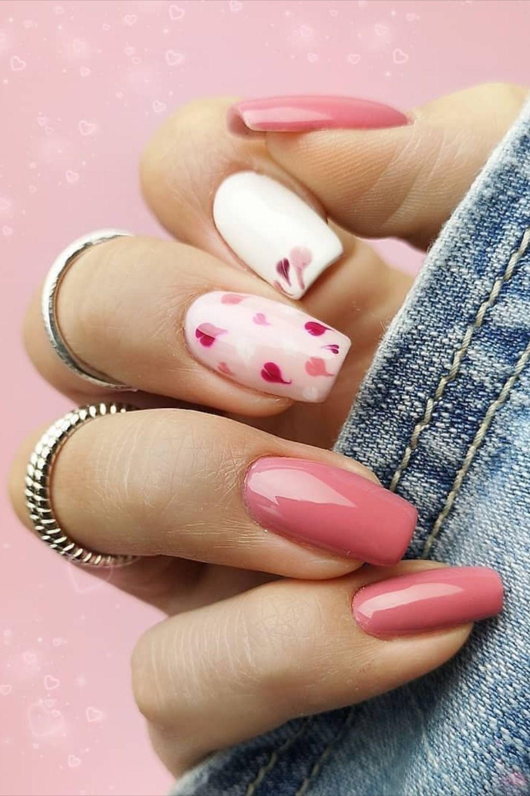 The Best Valentine S Day Nails Right Now In 2020 Gelove Nehty Design Nehtu Nehty