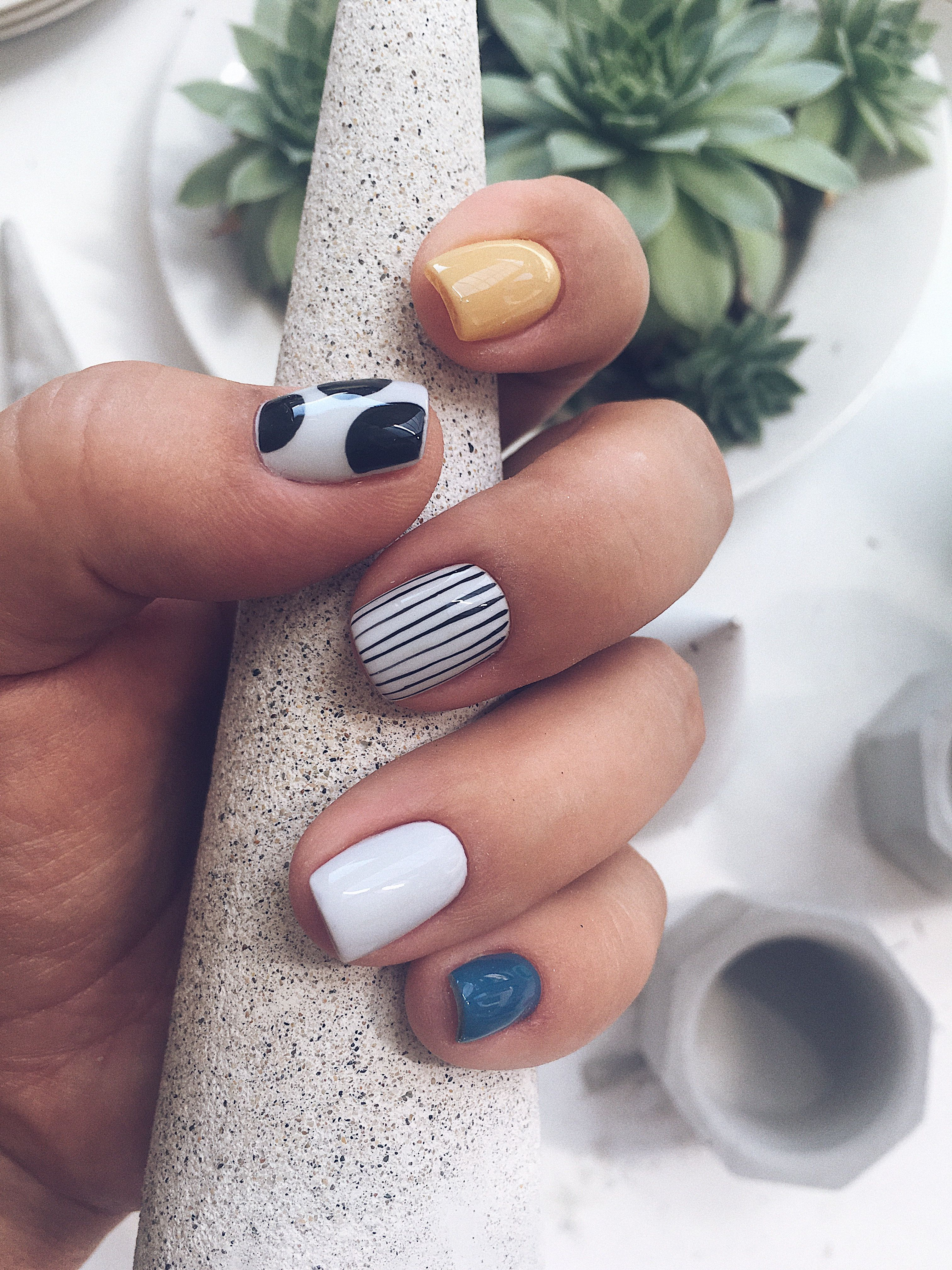 Nogti Minimalist Nails Simple Nails Nail Designs