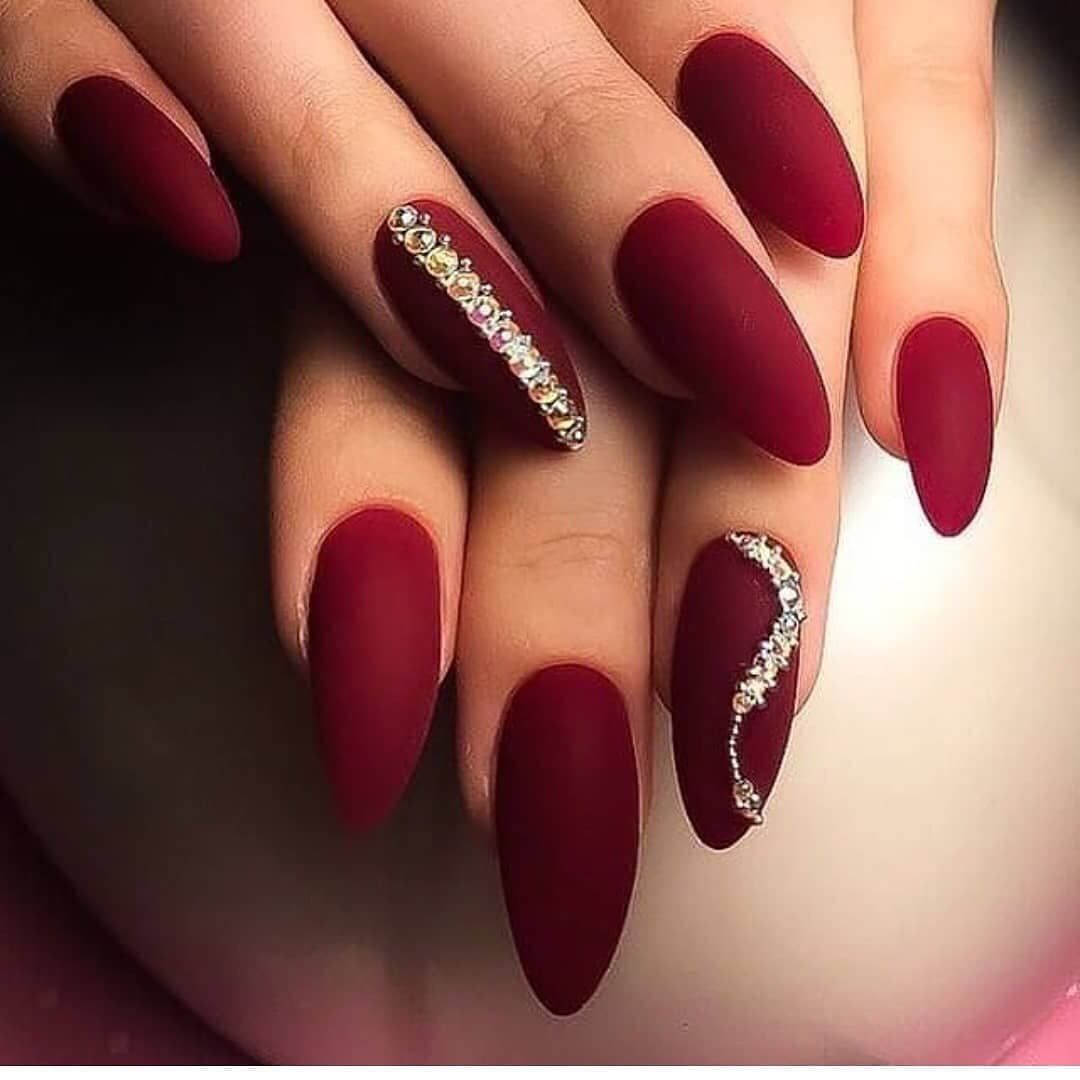 Pin By Jana Palubjakova On Nails Christmas Nails Acrylic Coffin Nails Designs Red Nails