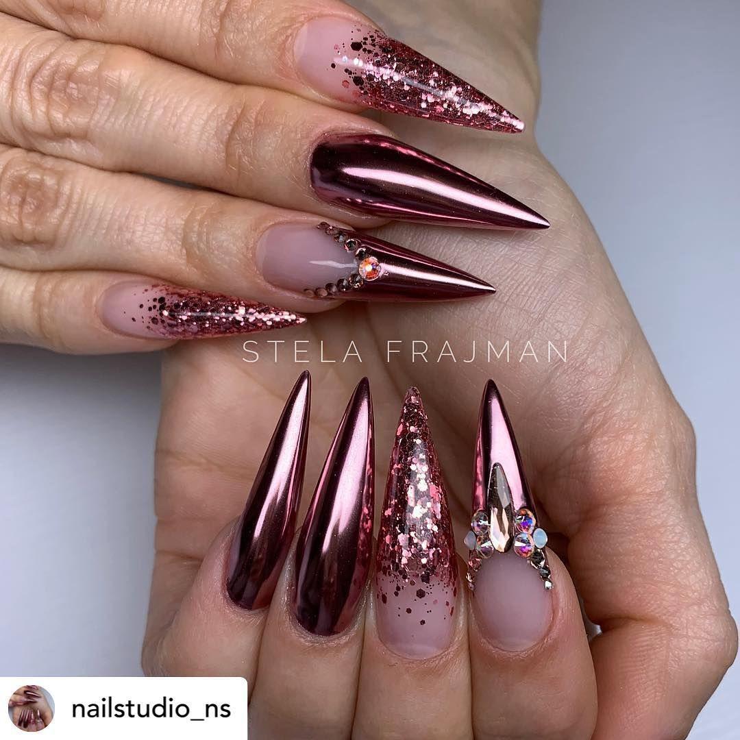 Riya S Nail Salon On Instagram Beautiful Set By The Talent Nailstudio Ns She Using Riyachromech01 Shopriyasgel In 2020 Nehty Krasne Nehty