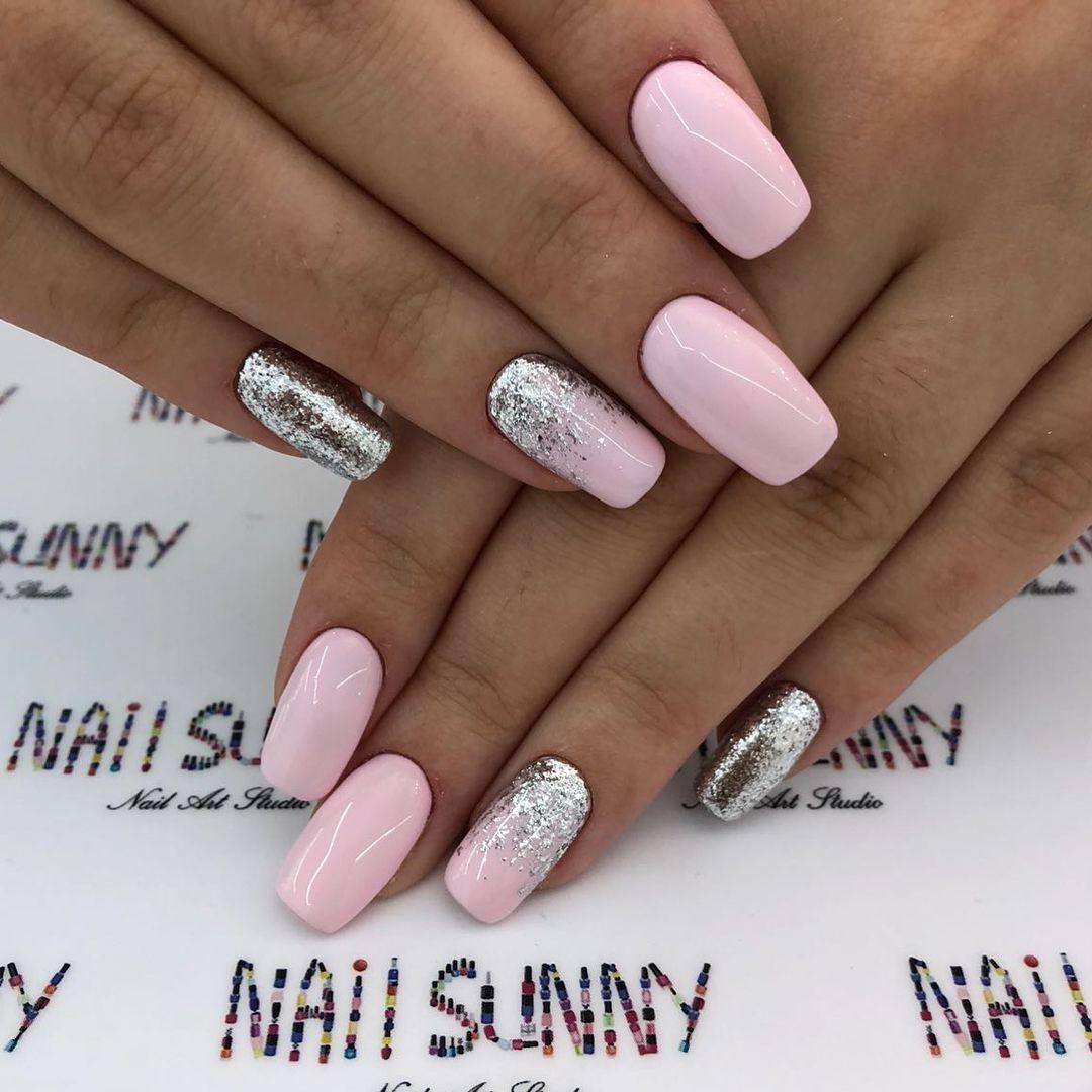Ombre Pink Nails With Images Manikura Vzory Pro Zdobeni Nehtu