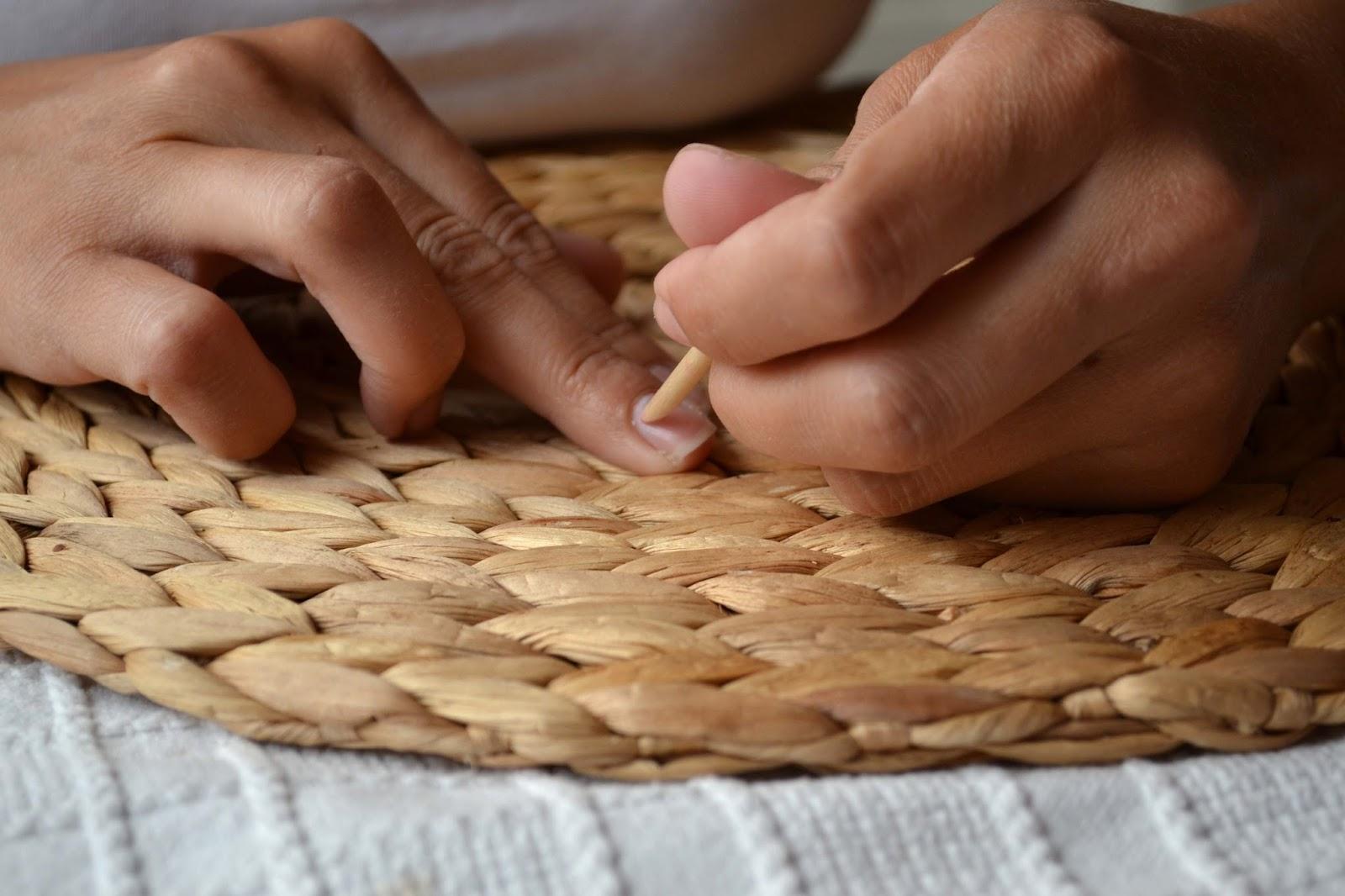 Ordinary Life Jak Na Domaci Gelovky Od Sally Hansen Krok Po Kroku