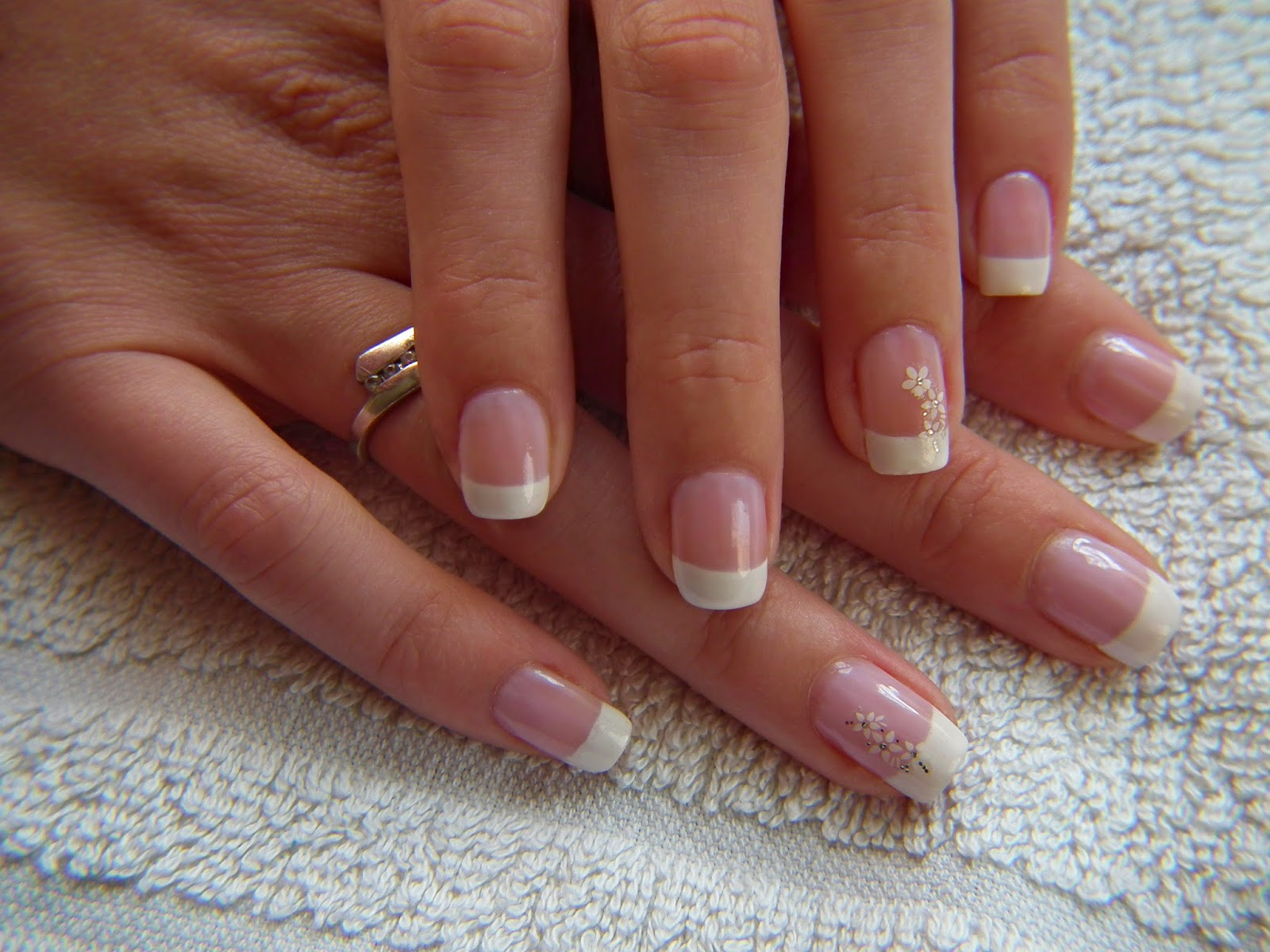 Anisek Nail Blog French Manicure