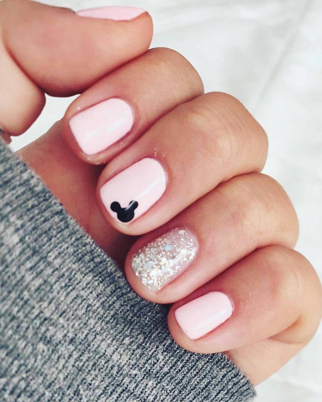 30 Great Nail Art Designs You Ll Love This Fall Disney Nehty Design Nehtu Gelove Nehty