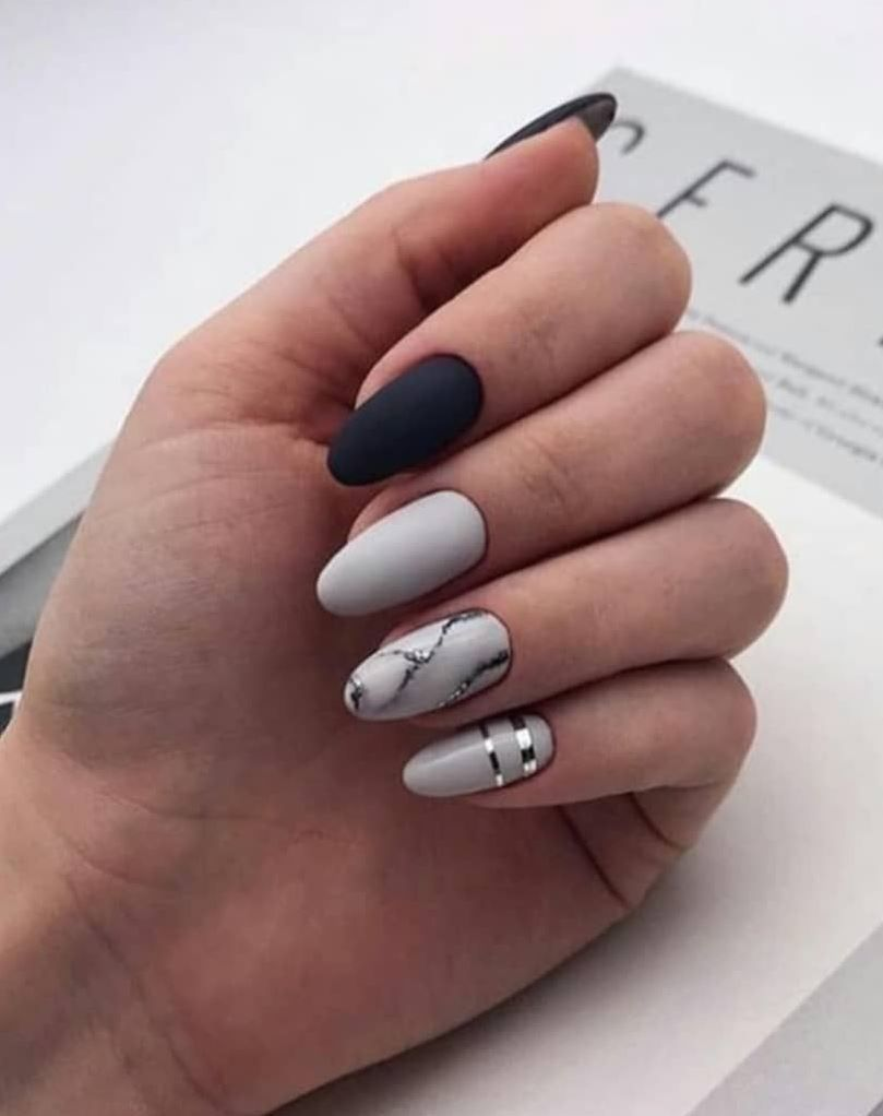 30 Lovely Designs For Almond Nails To Try This Spring Gelove Nehty Design Nehtu Kratke Nehty