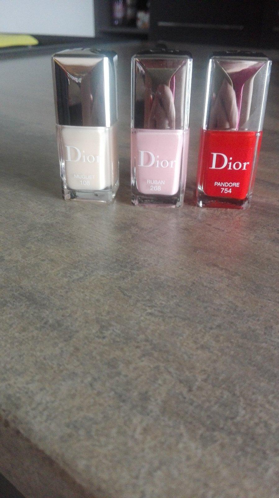 Dior Vernis Lak Na Nechty 10 Od Predavajucej Bulkarsko Bazar Modry Konik