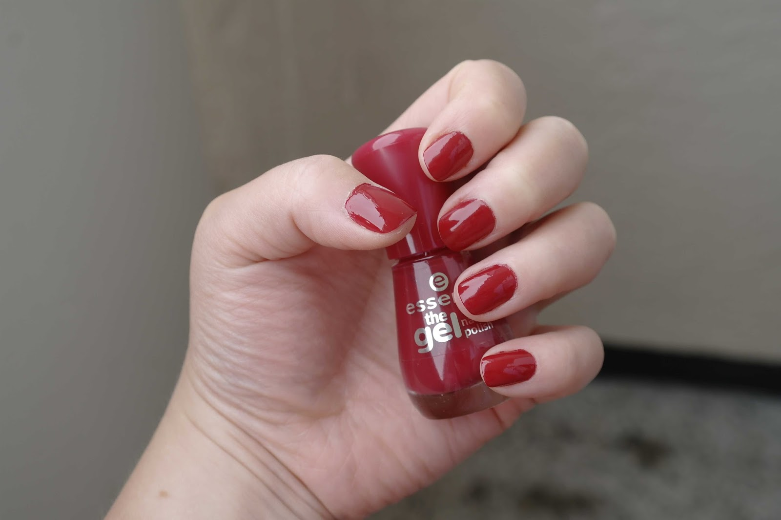 Dreamcatcher Essence The Gel Nail Polish In 13 True Love Late Polished Monday 14