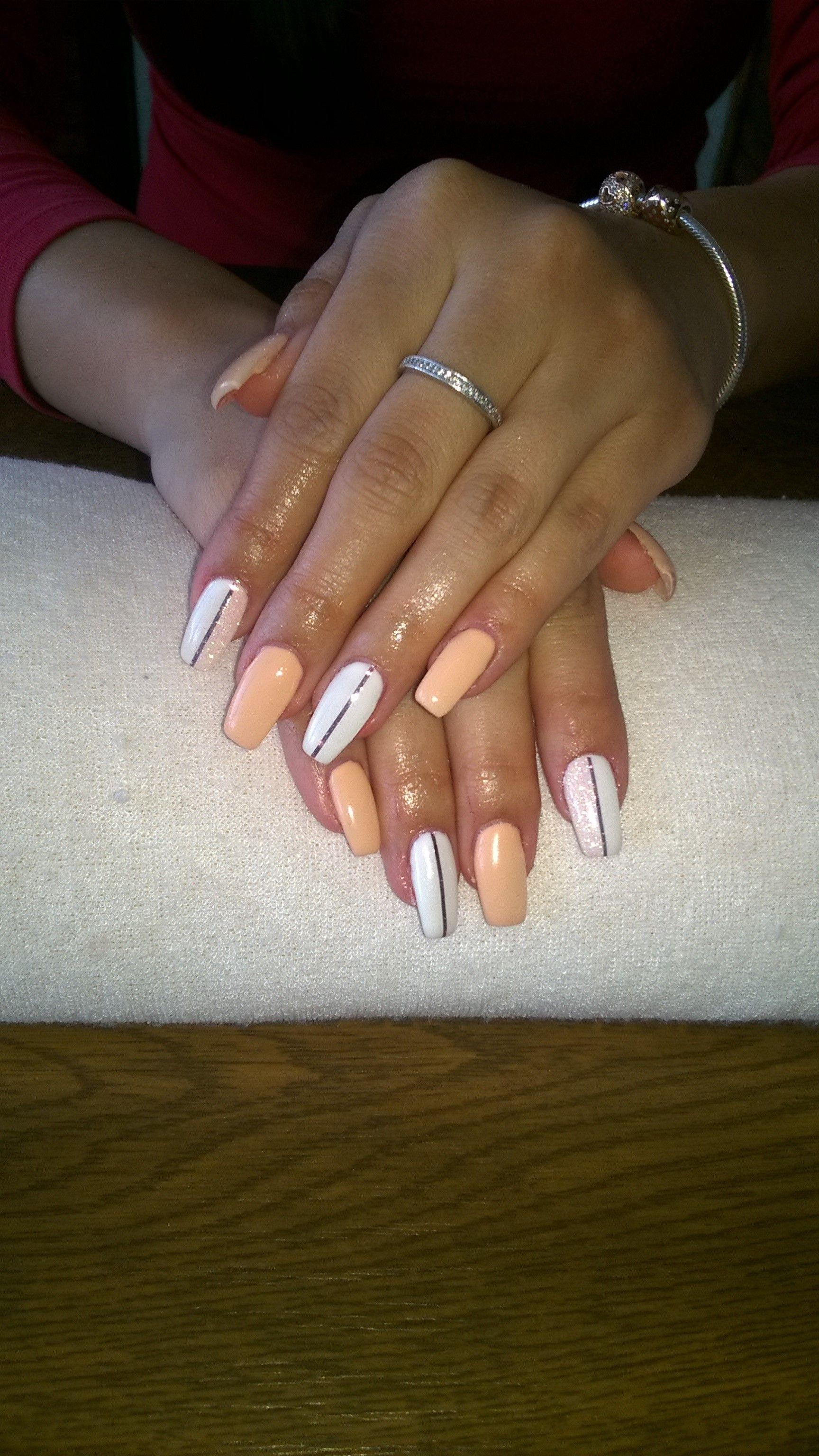Apricot Gel White Gel Pink Stripes Beige Glitter Gelove Nehty Nehty