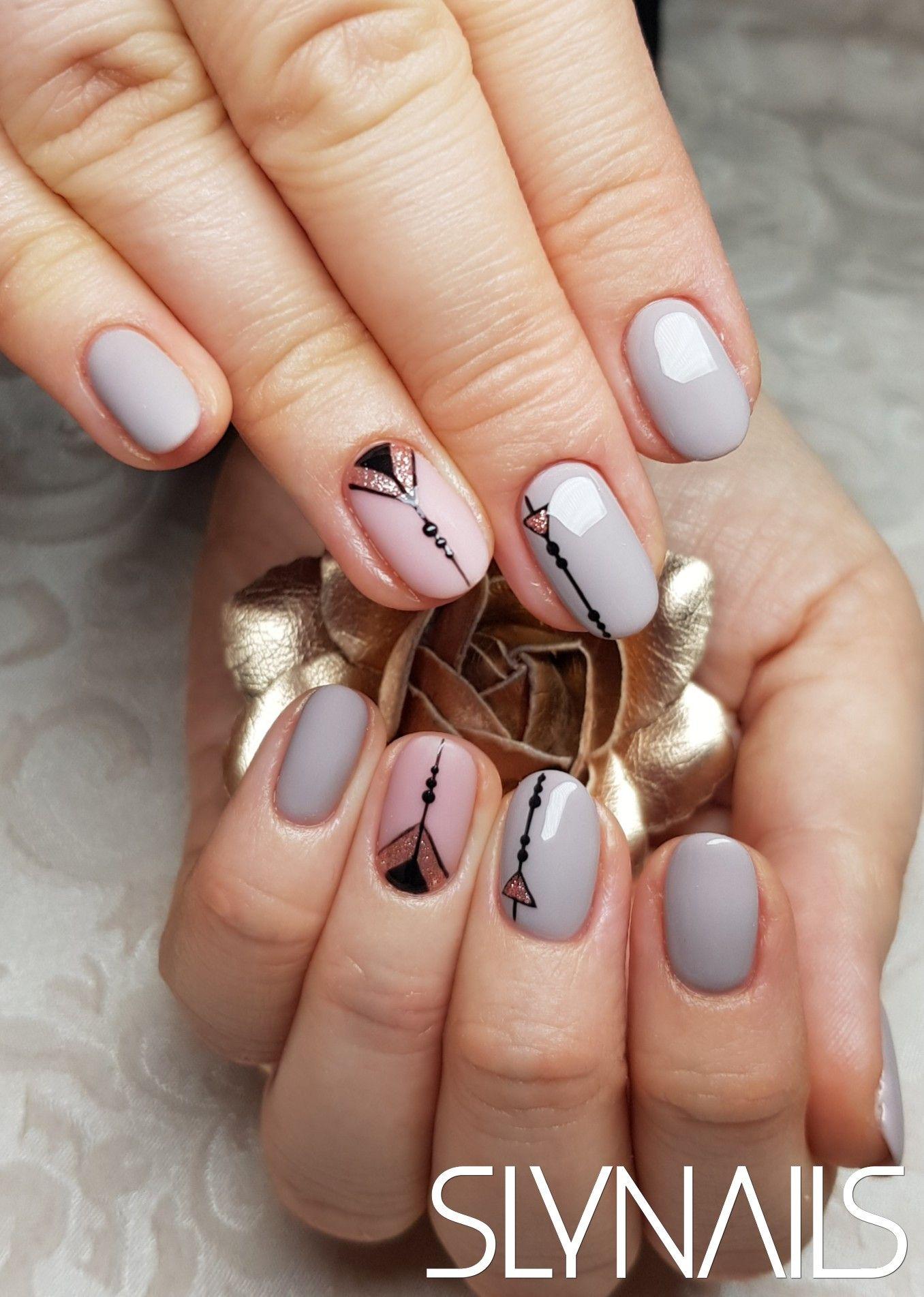 Crystalac Gel Lakk Szurke Kerek Matt Egyszinu Zseles Diszites Kedvenc Munkaink Top Kategoria Nails Beauty
