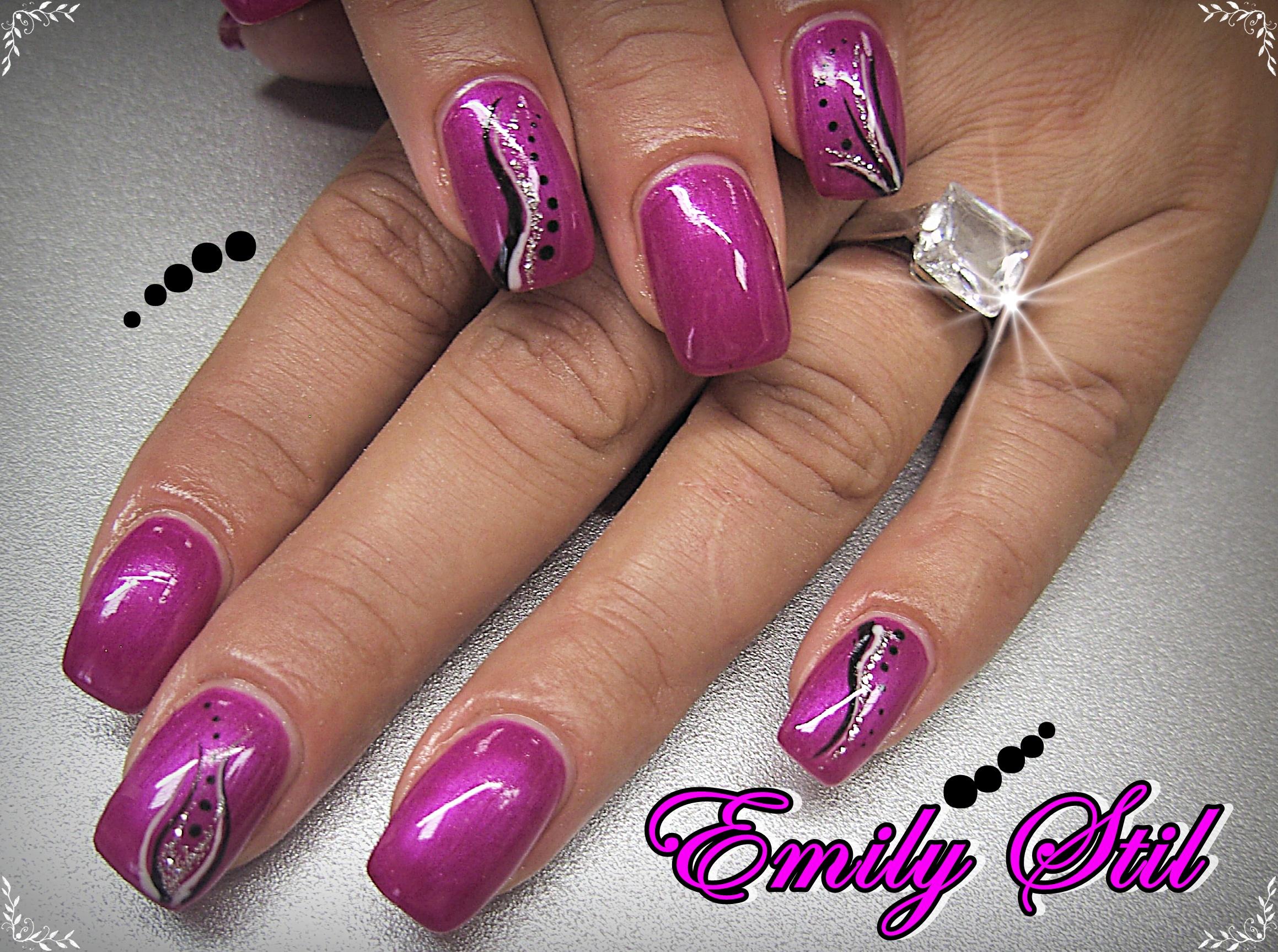Manikura I Geliranje Emily Stil Kozmeticki Salon Split