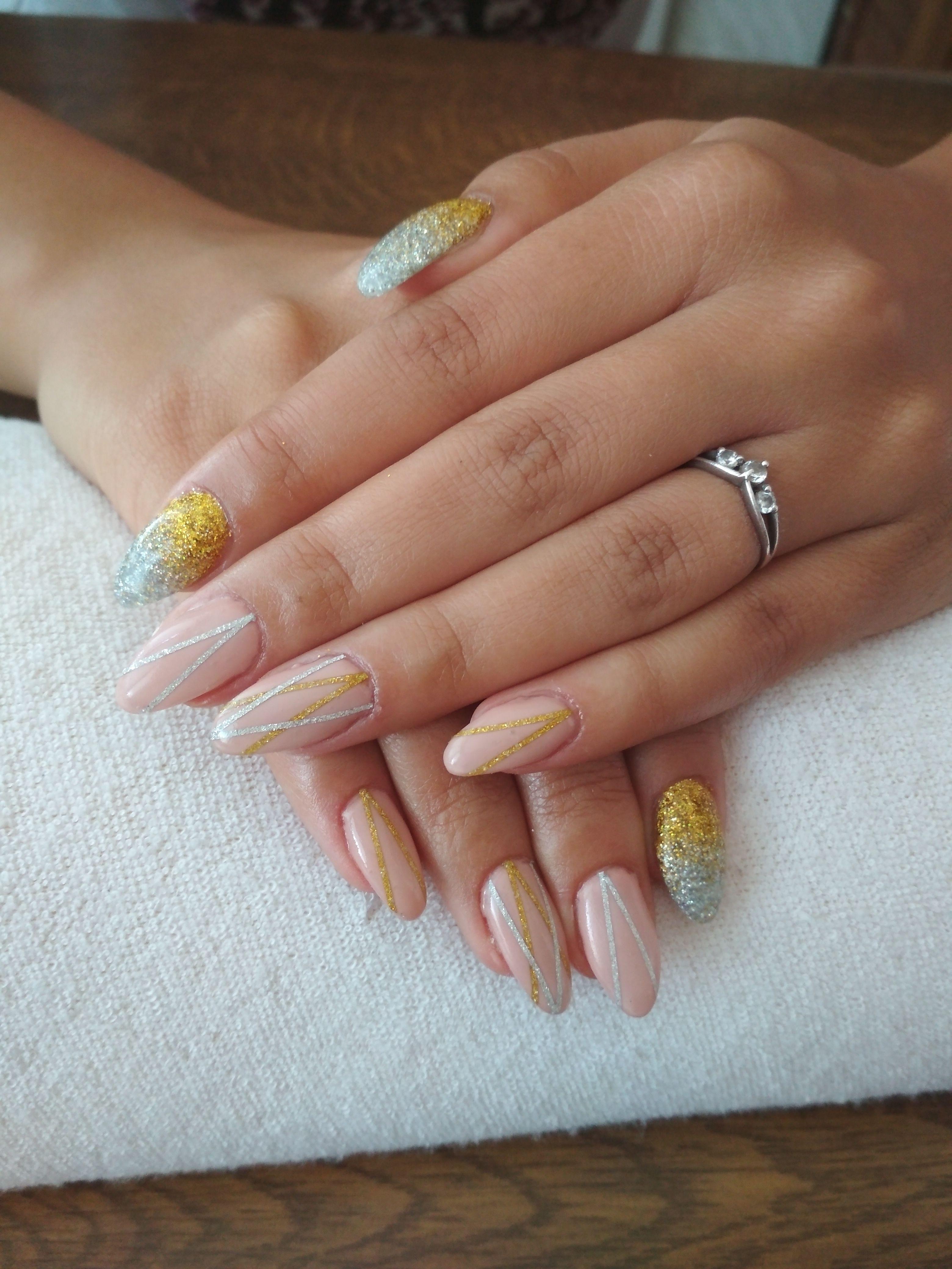 Beige Gel Gold Silver Glitter And Gold Silver Stripes Nehty Gelove Nehty