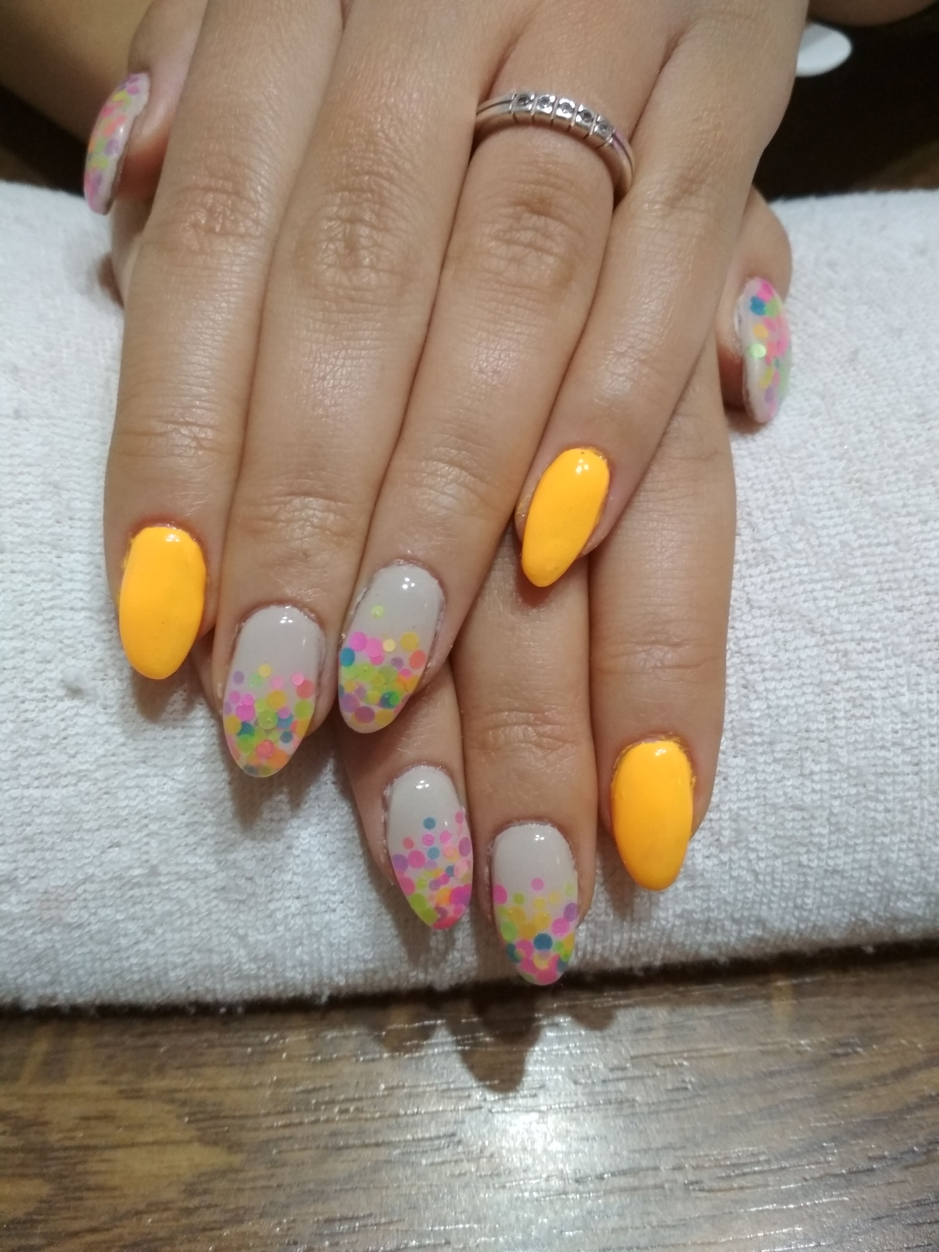 Grey And Orange Gel And Colorful Glitter Gelove Nehty Nehty