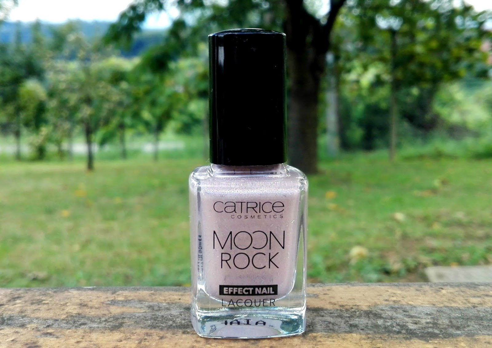 Catrice Moon Rock Effect Nail Lacquer 01 Silky Way Lana Talks