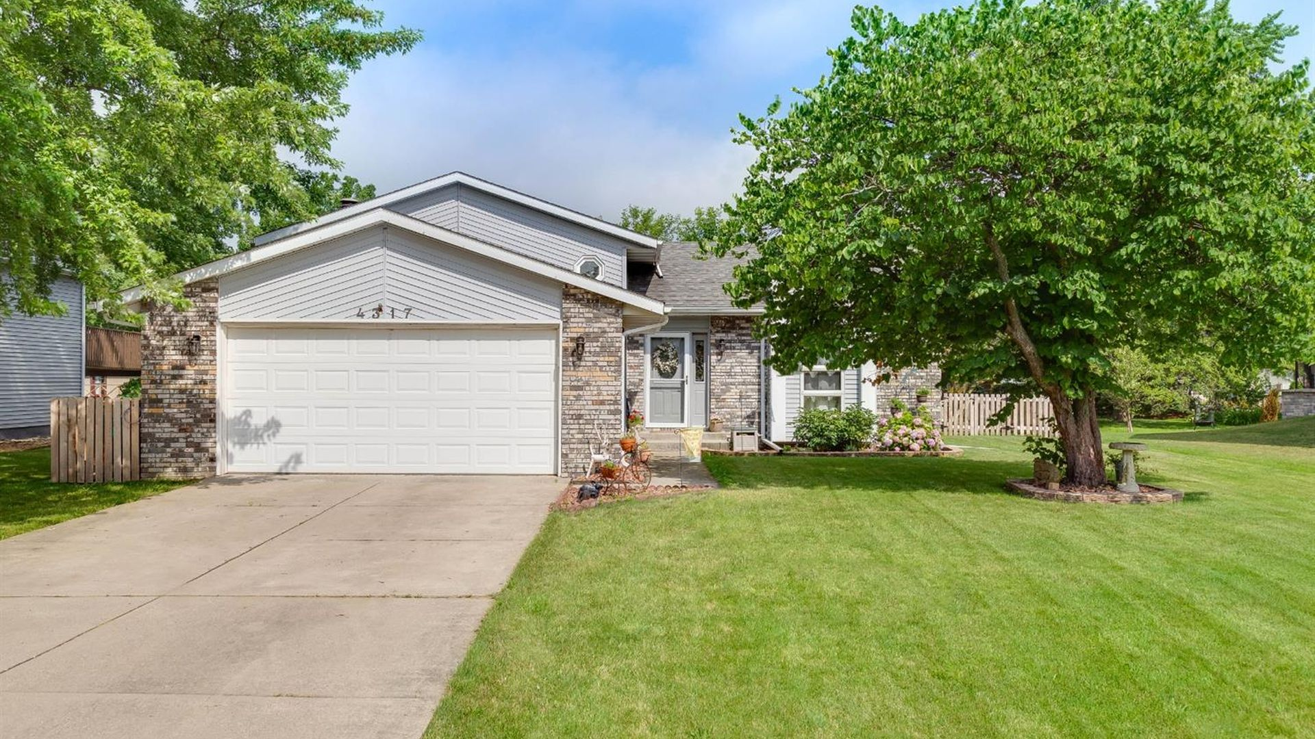Recently Sold Homes In Lakes Of The Four Seasons Crown Point 315 Transactions Zillow