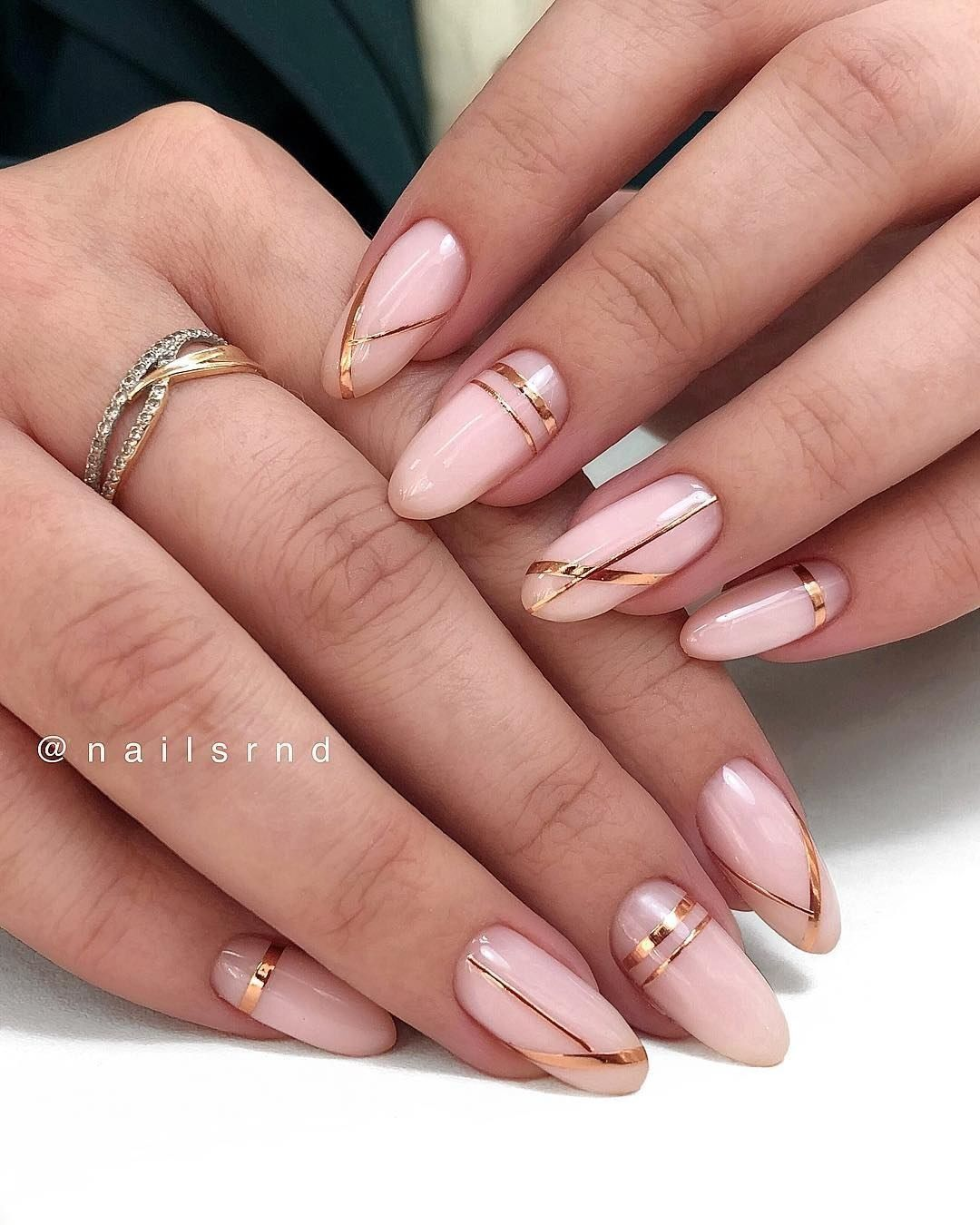 60 Cute Winter Nails Designs To Inspire Your Winter Mood Gelove Nehty Nehet A Nehty
