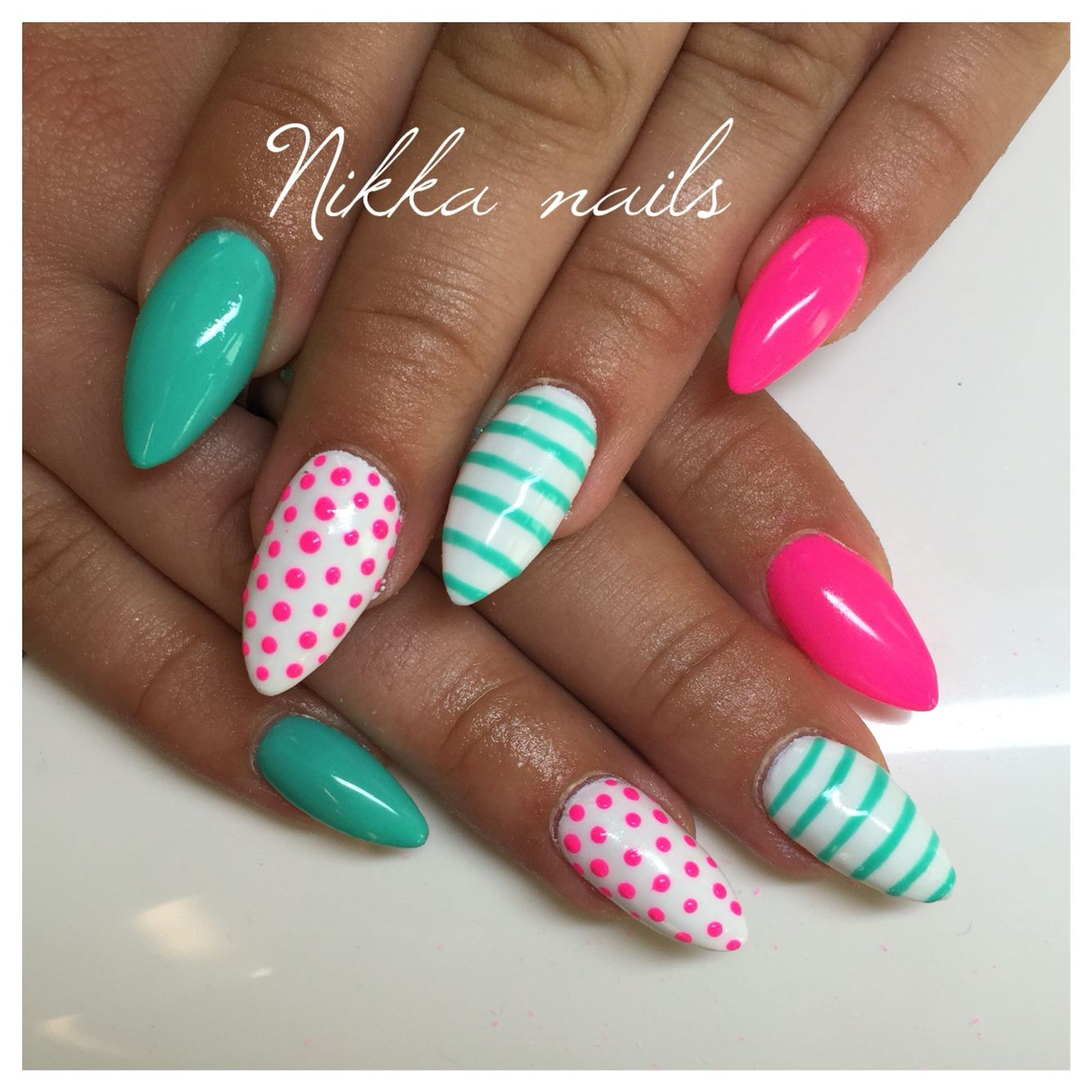 Nikka Nails Summer Nails Pink Nails Crazy Nails Aquamarine Tyrquoise Neon Nails