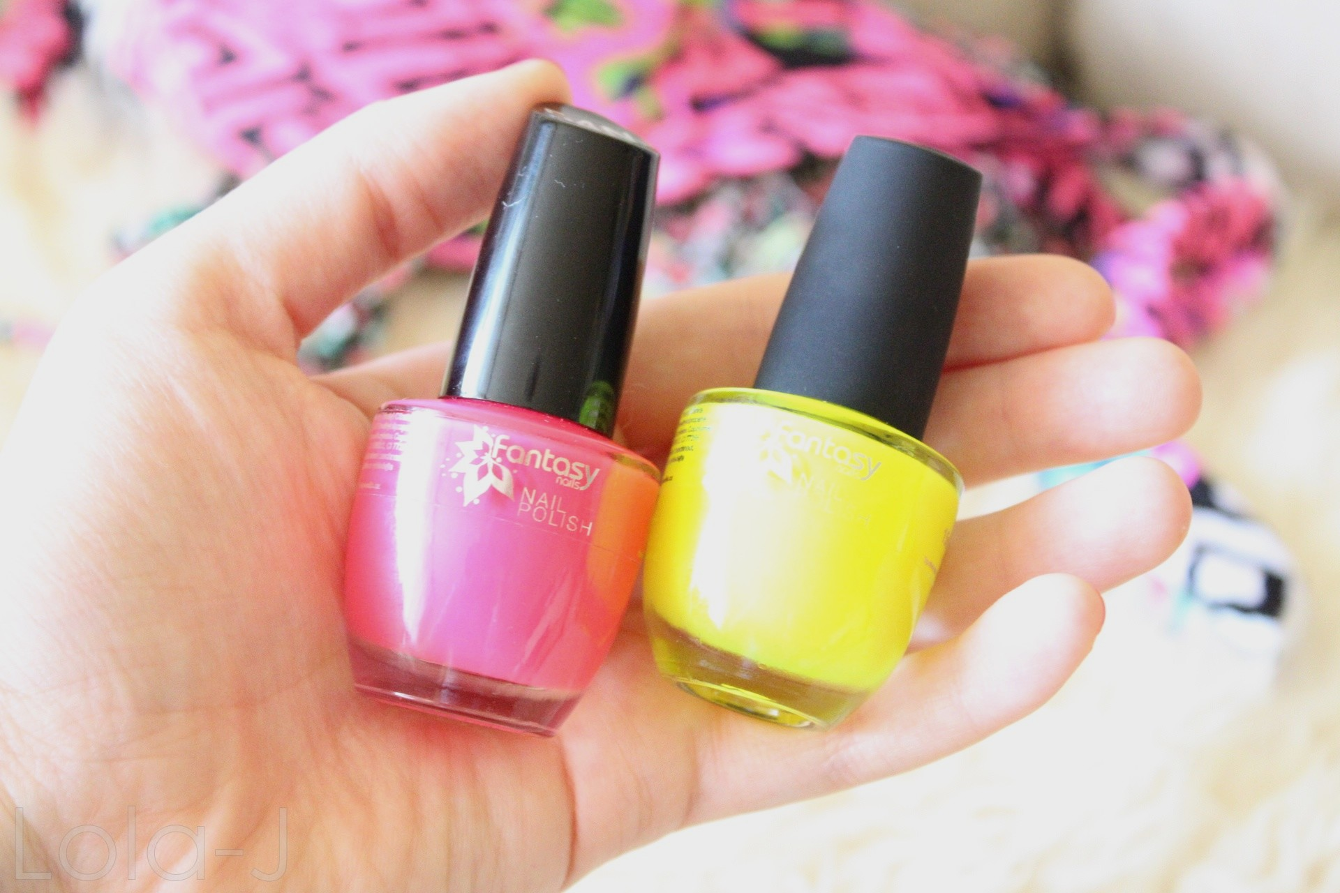 Neonove Laky Na Nehty Fantasy Nails Lola J