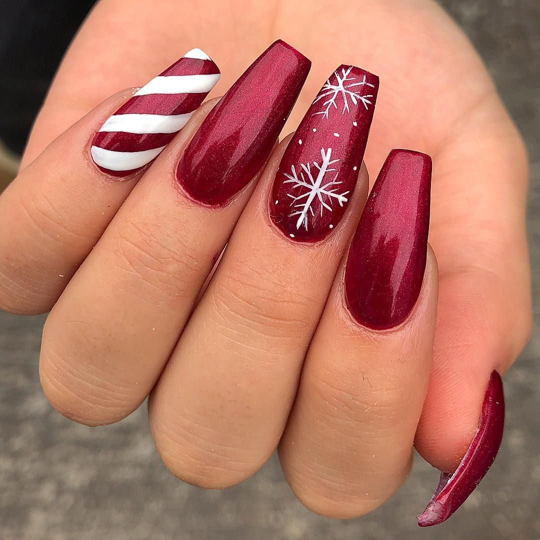 32 Eye Catching Nail Design Ideas Perfect For Winter Gelove Nehty Fialove Nehty A Design Nehtu