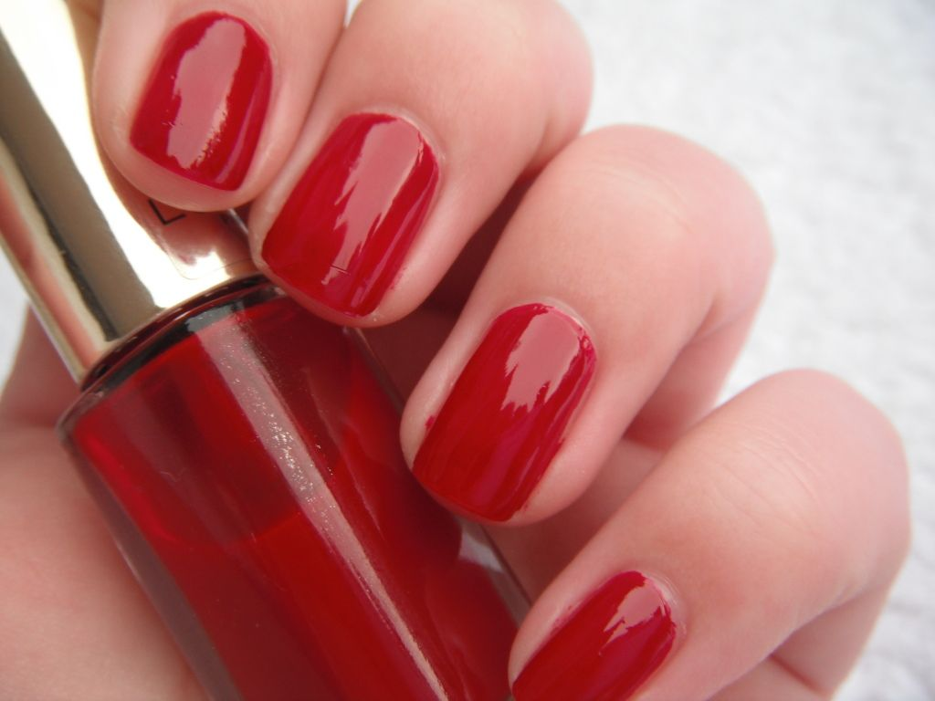 L Oreal Color Riche Nail 404 Scarlet Vamp Nails Color Riche Nail Polish
