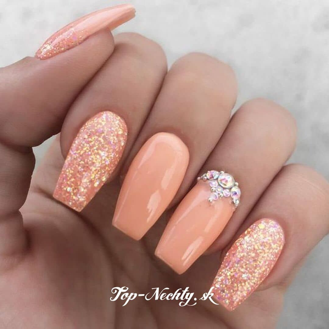 Krasna Farba Topnechty Gelnails Nails Nechtovy Dizajn Napady Na Nechty Nechty