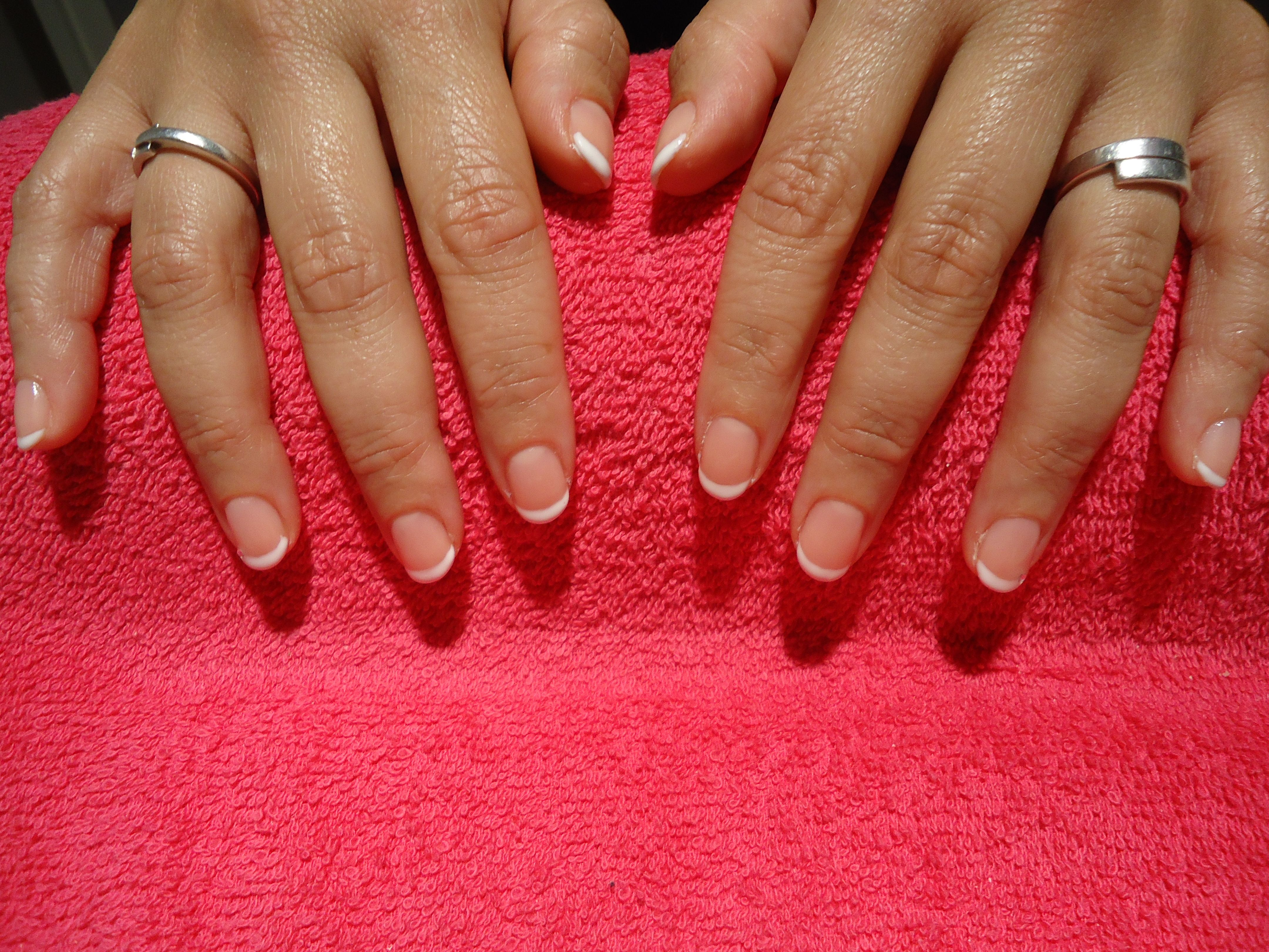French Manicure Met Gellak Nails Jewelry Rings
