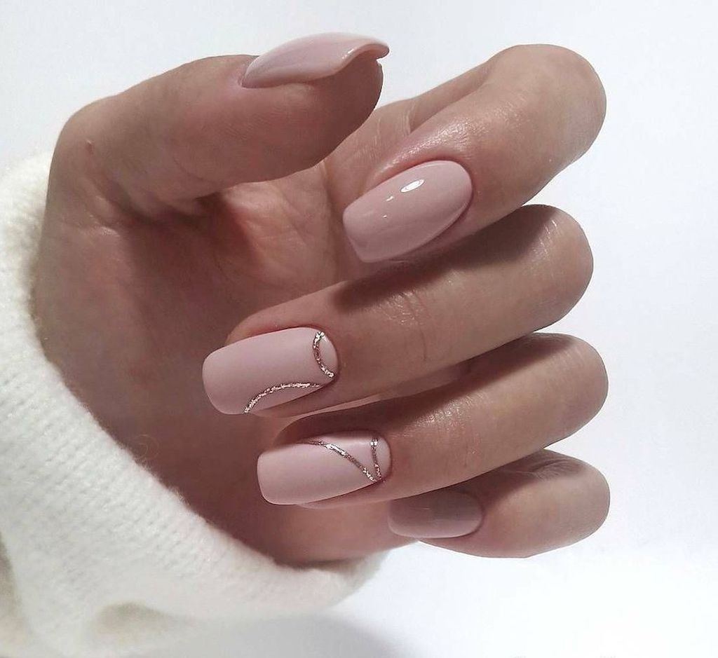 35 Elegant Glitter Nail Designs That Look Edgy And Chic For Women Nehet