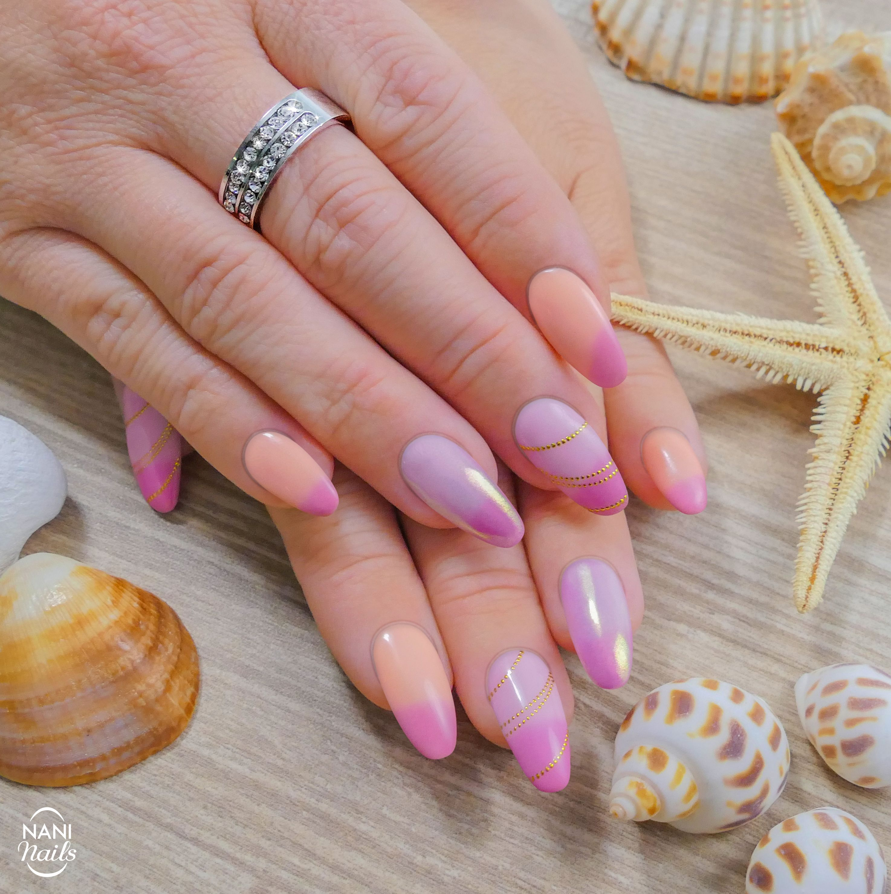 Ever Heard About Thermo Gel Polishes They Are So Satisfying To Watch When Changing Colors 3 Nails Manicure Colors Gelpoli Nails Nail Designs Manicure