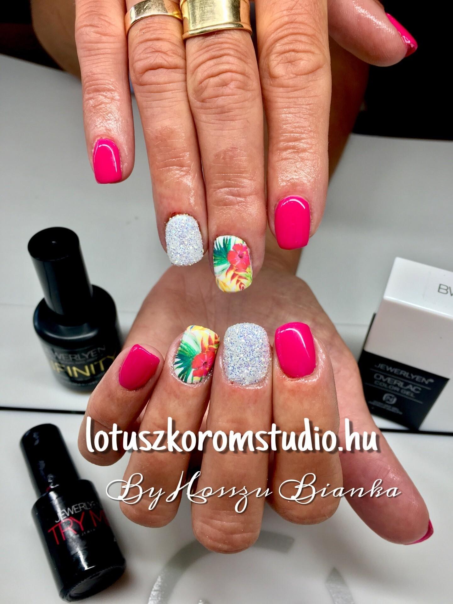 Nyari Pink Gel Lakk Lotusz Koromstudio