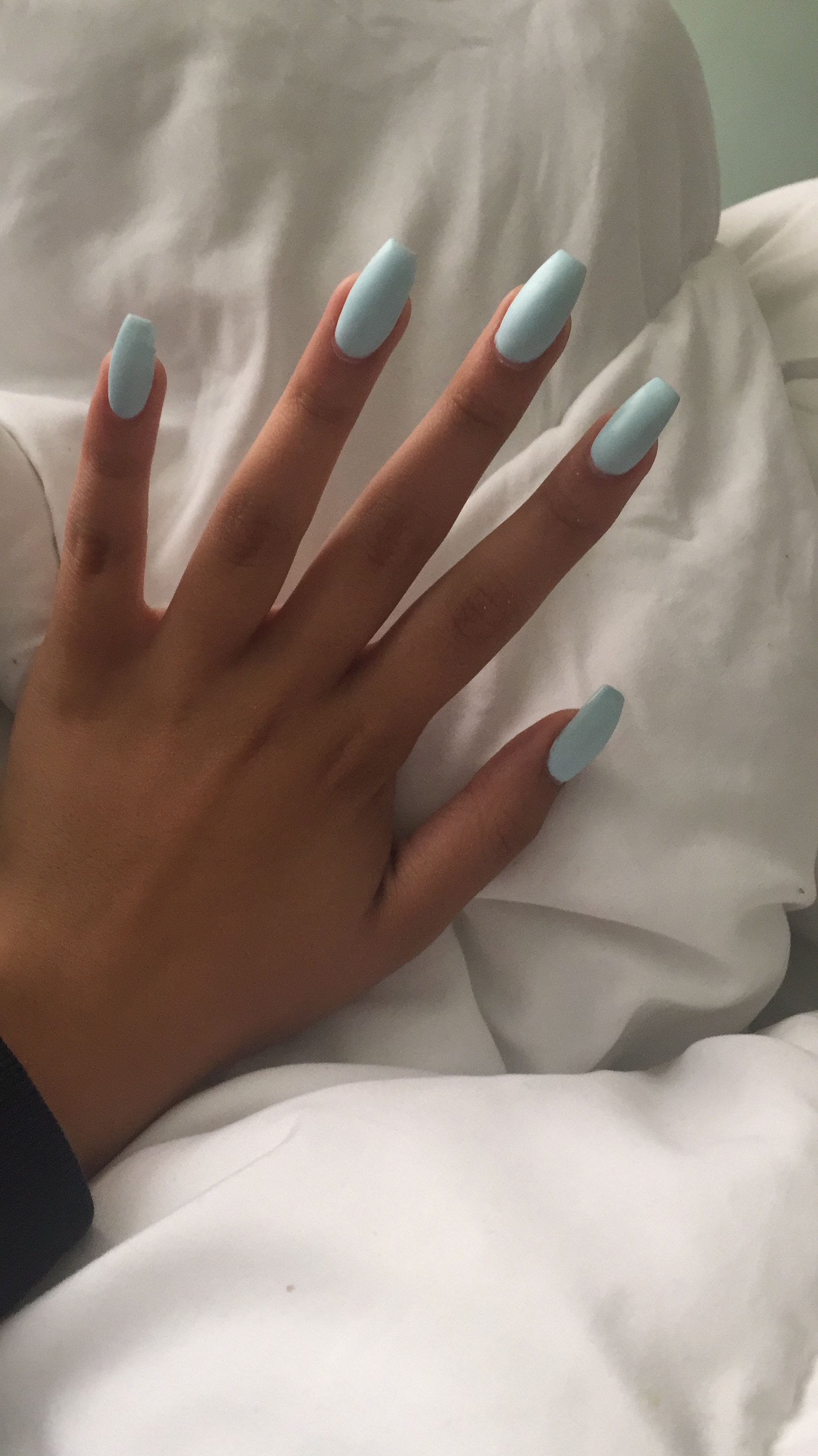 Pin By Alice In Wonderland On Nails With Images Barevne Nehty Gelove Nehty Nehty