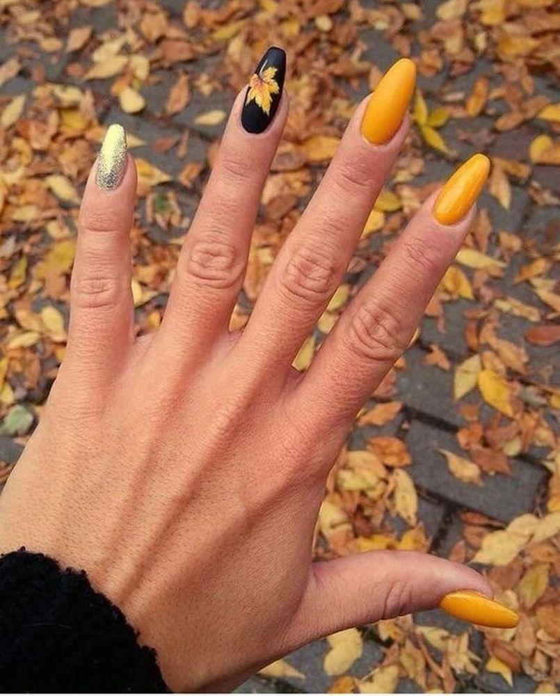 25 Stunning Pumpkins Nail Colors For Thanksgiving Gelove Nehty Design Nehtu Umele Nehty