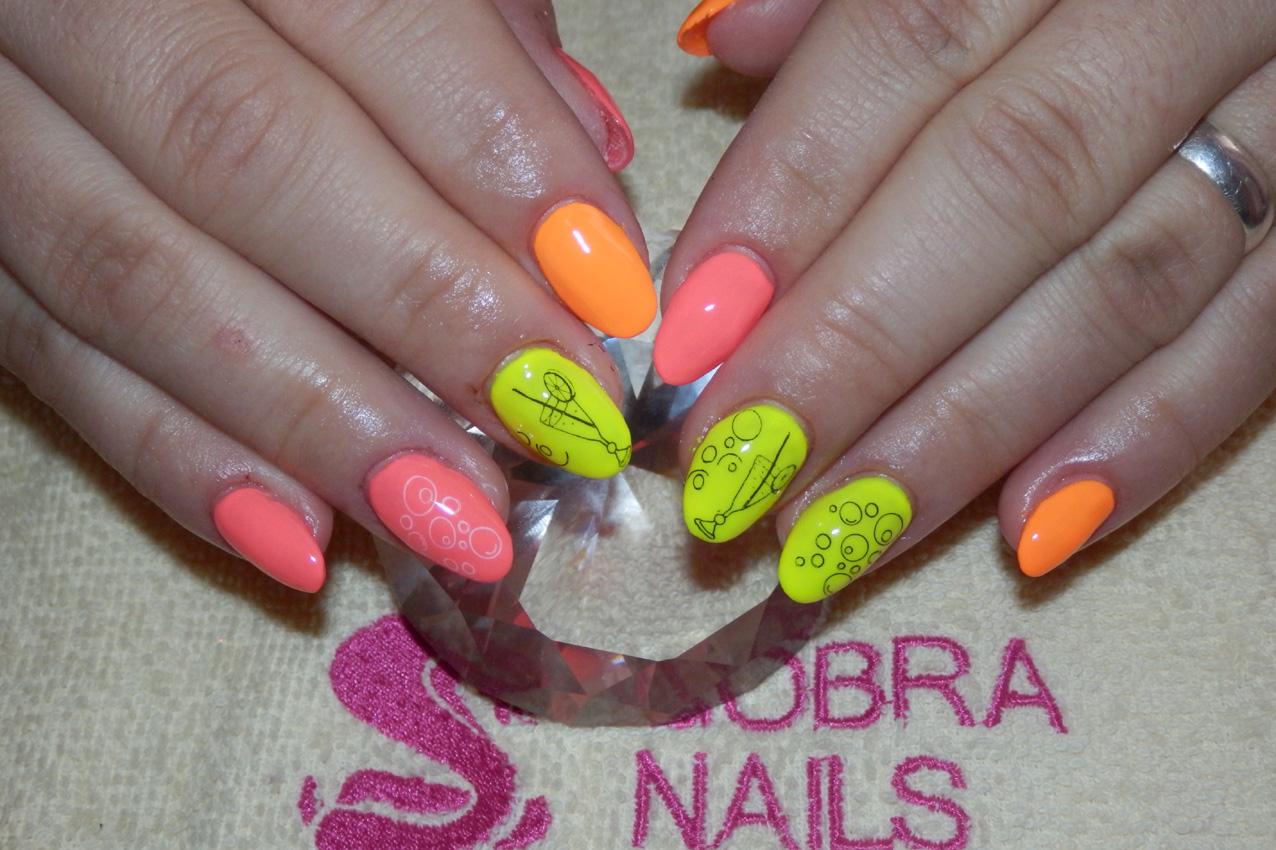 Luxury Line Art Color Neon Orange 5 Ml Gobra Nails
