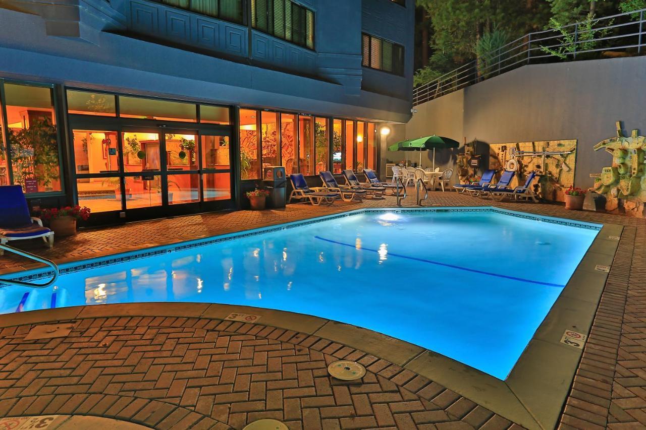 Tahoe Seasons Resort A Vri Resort South Lake Tahoe Ca Booking Com