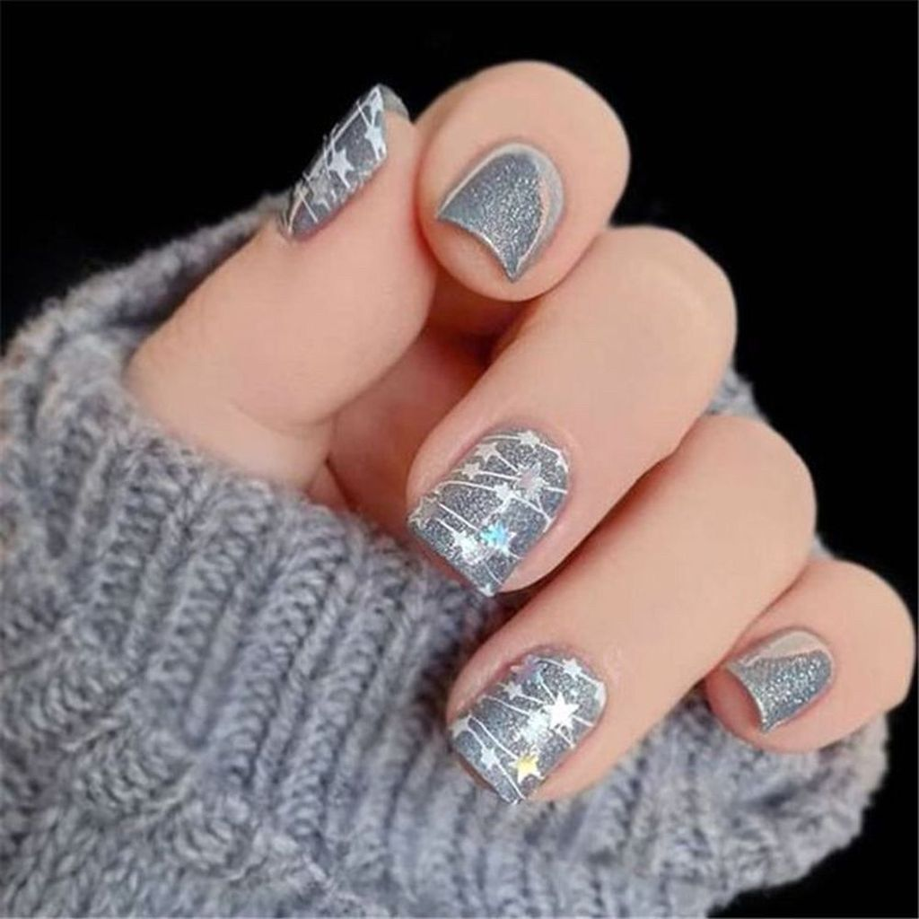 36 Beautiful Winter Nails Art You Should Copy Now Christmas Nail Art Designs Christmas Gel Nails Cute Christmas Nails