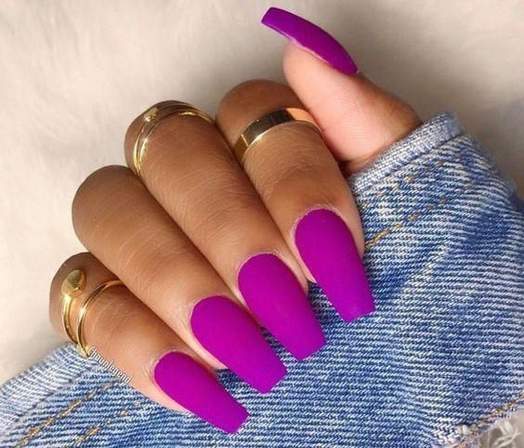 Pin Uzivatele Barbora Madlova Na Nastence Nails Fialove Nehty Gelove Nehty A Design Nehtu