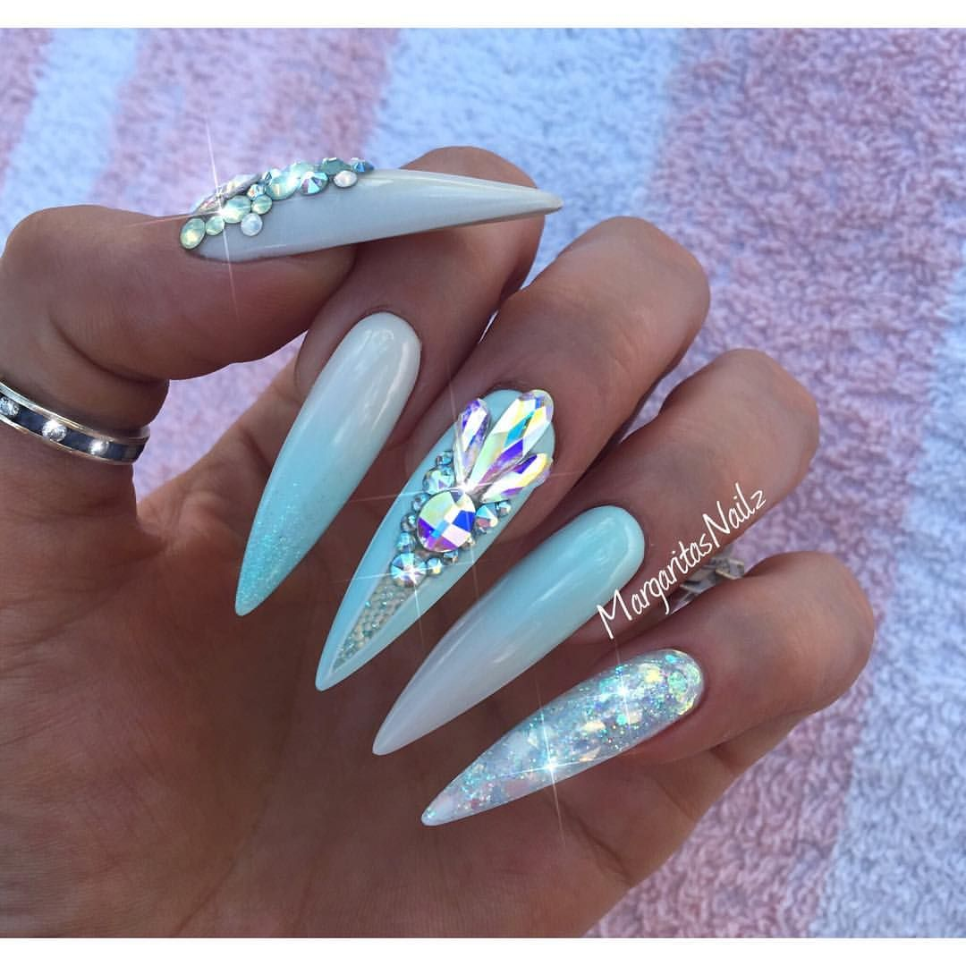 Mint Blue Ombre Stiletto Nails Summer 2016 Design Swarovski Nail Art By Margaritasnailz Con Imagenes Unas De Gel Unas Cristal Unas Turquesas