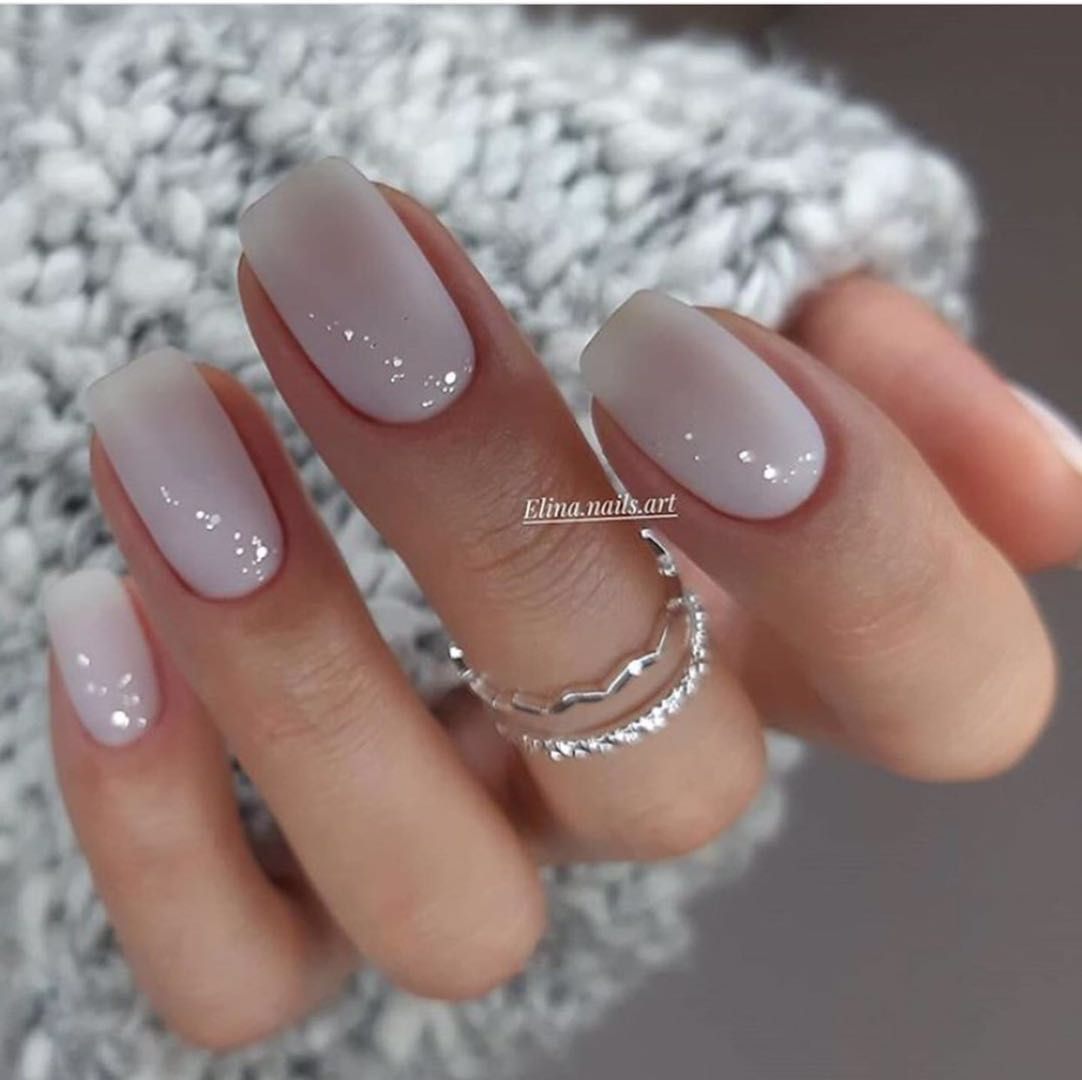 Why Does Women Fancy Designed Short Square Nails In 2020 Gelove Nehty Barva Nehtu Design Nehtu