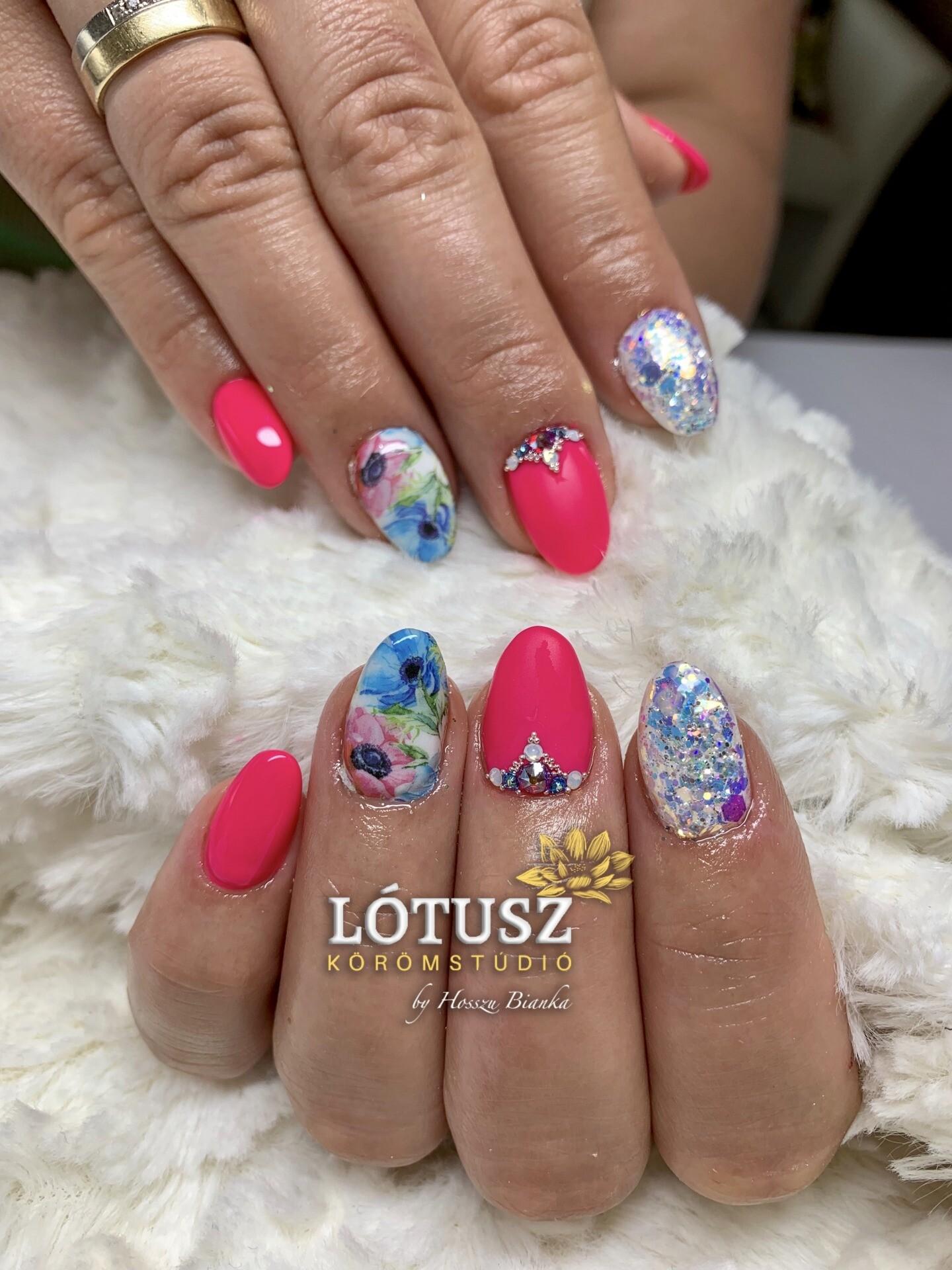 Neon Pink Kek Viragos Nyari Korom Lotusz Koromstudio