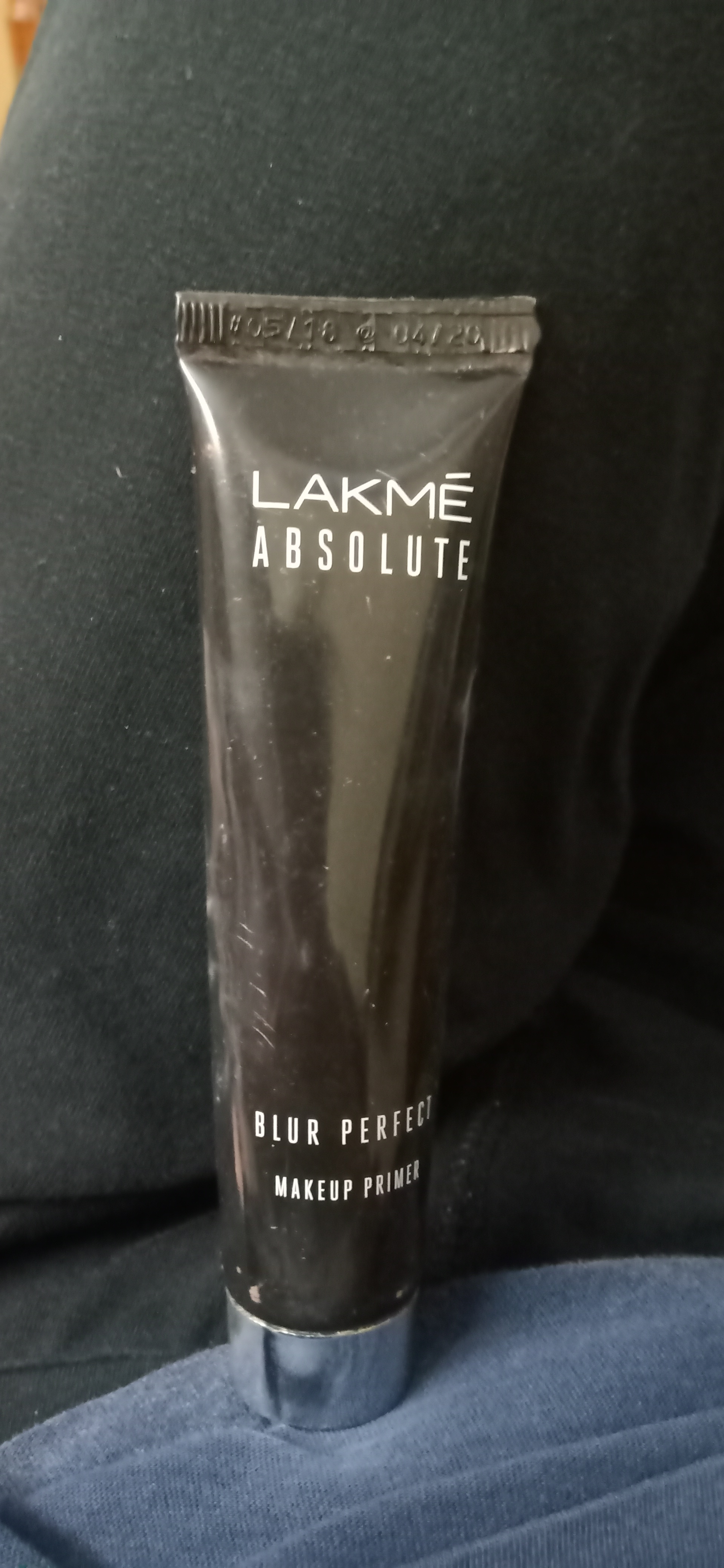 Lakme Absolute Blur Perfect Makeup Primer Reviews Shades Benefits Price How To Use It